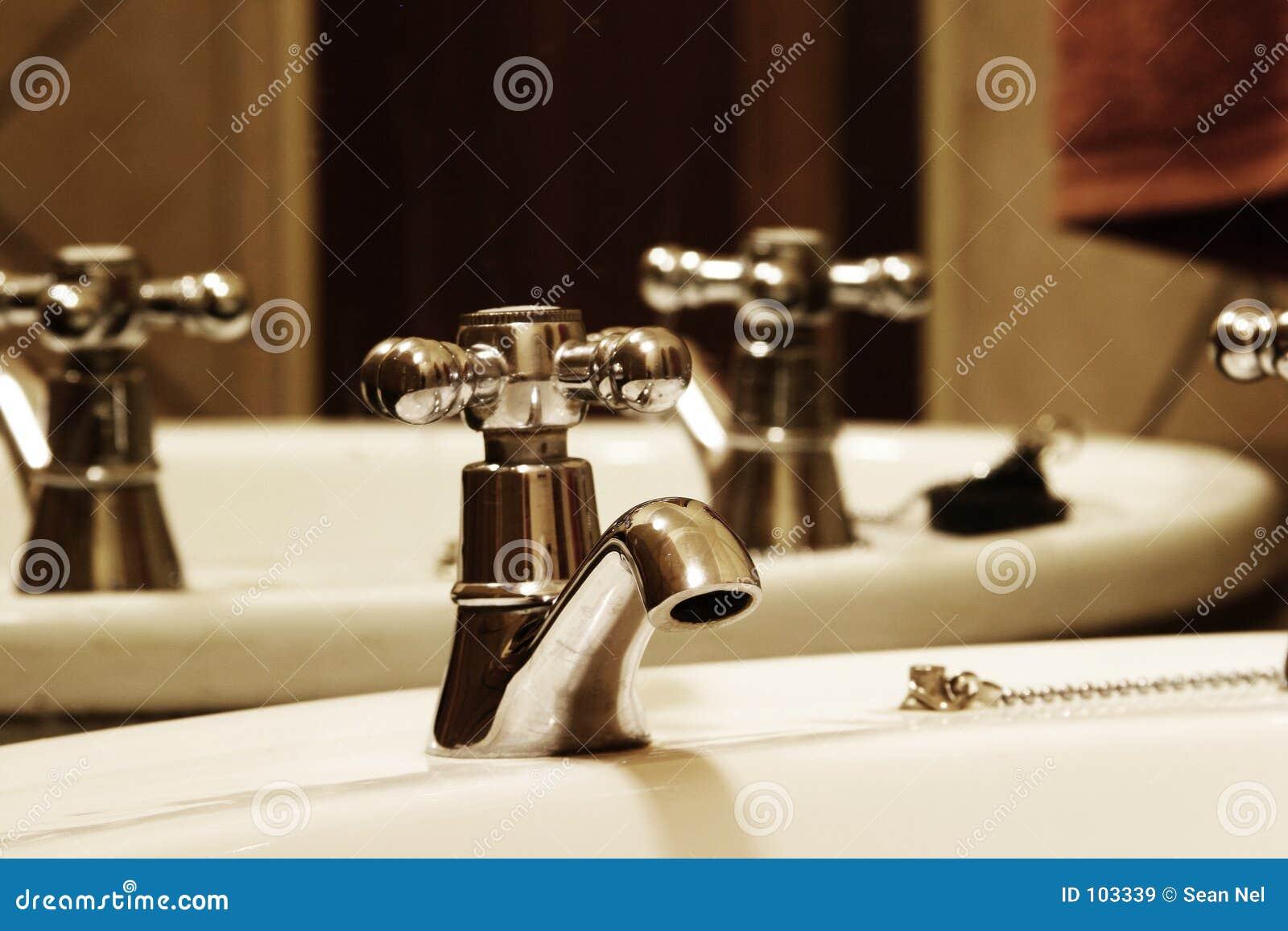Torneira do banheiro