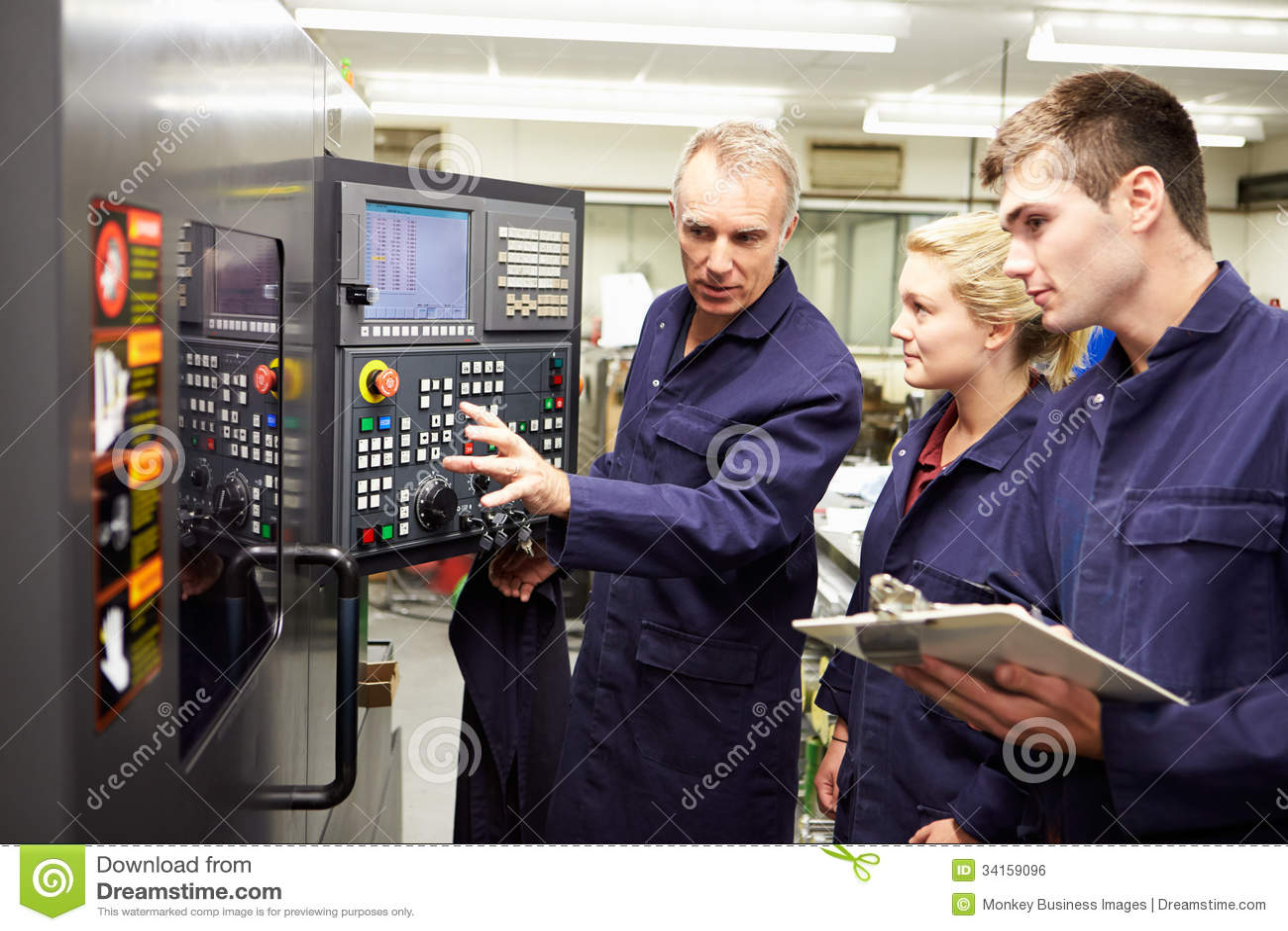 Torno automatizado uso de Teaching Apprentices To del ingeniero