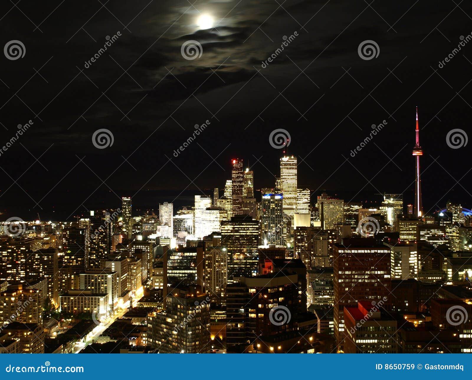 Toronto bij nacht