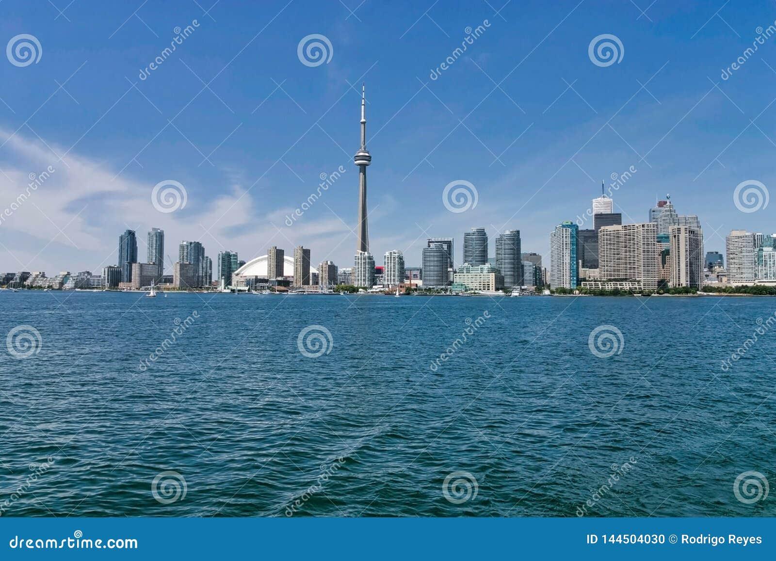 Toronto City and CN Tower