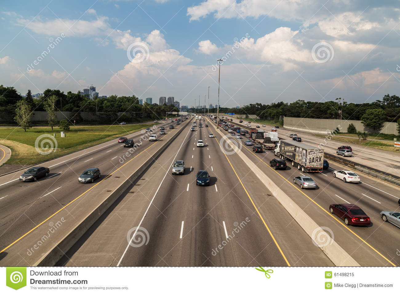 Toronto 401 Highway And Traffic Editorial Image - Image of vehicle