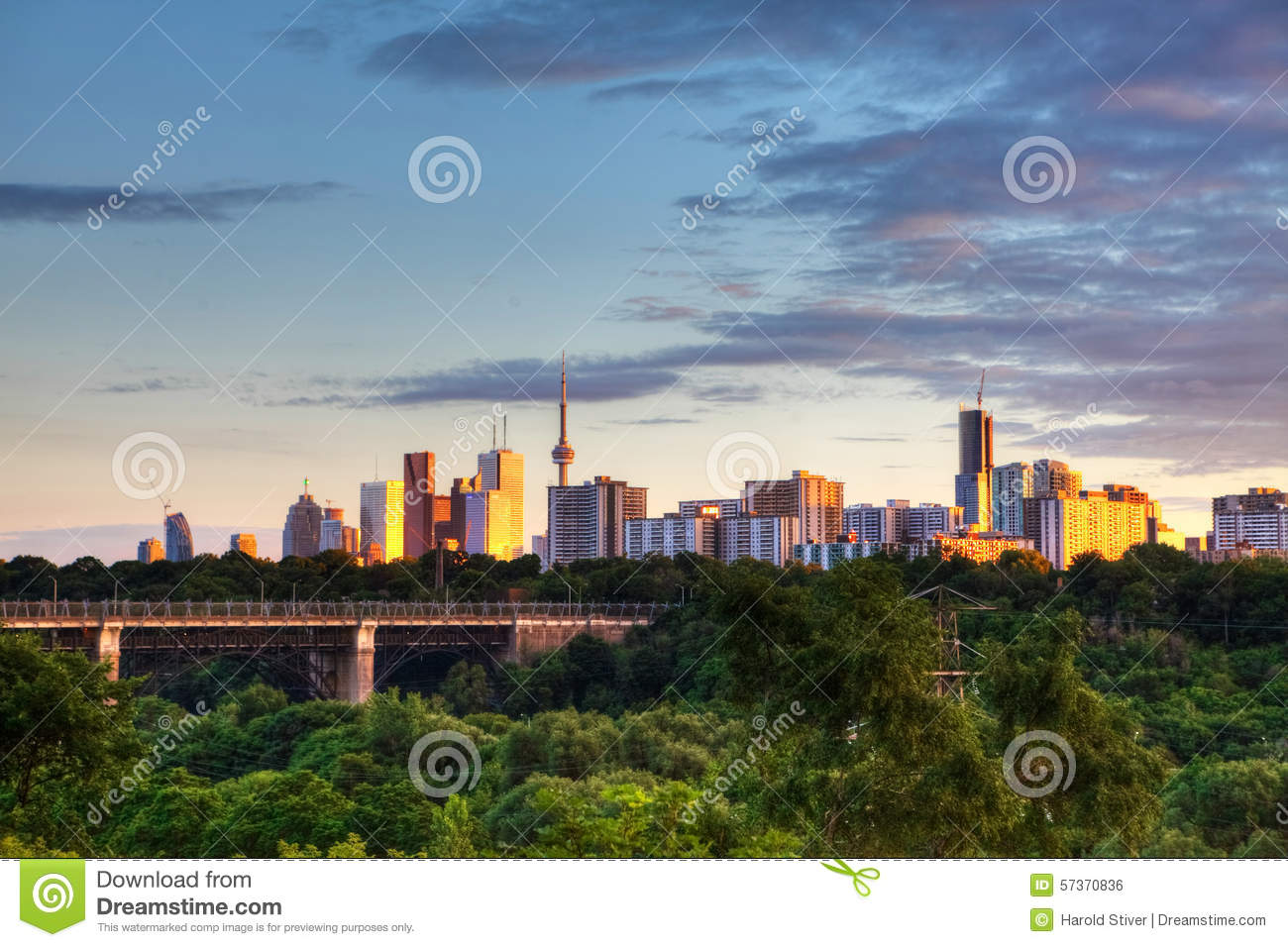 The Toronto Skyline At Evening Stock Photo - Image: 57370836