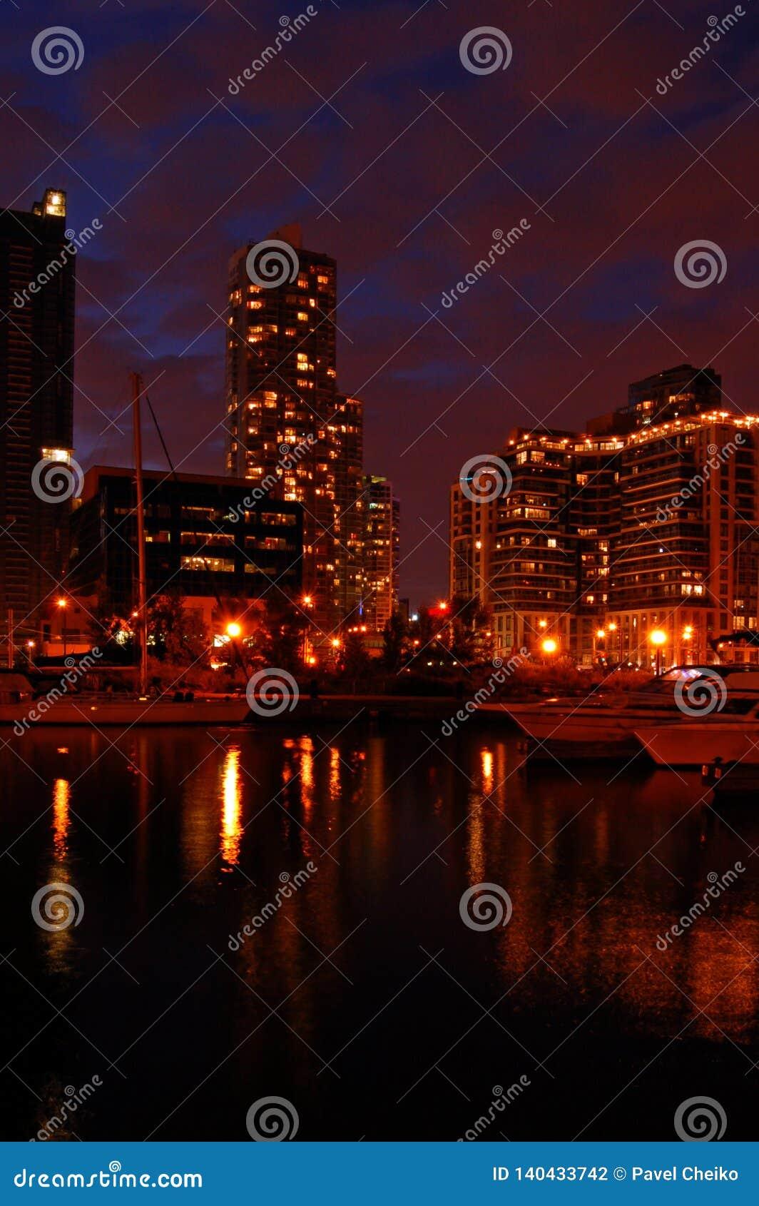Toronto wody przód