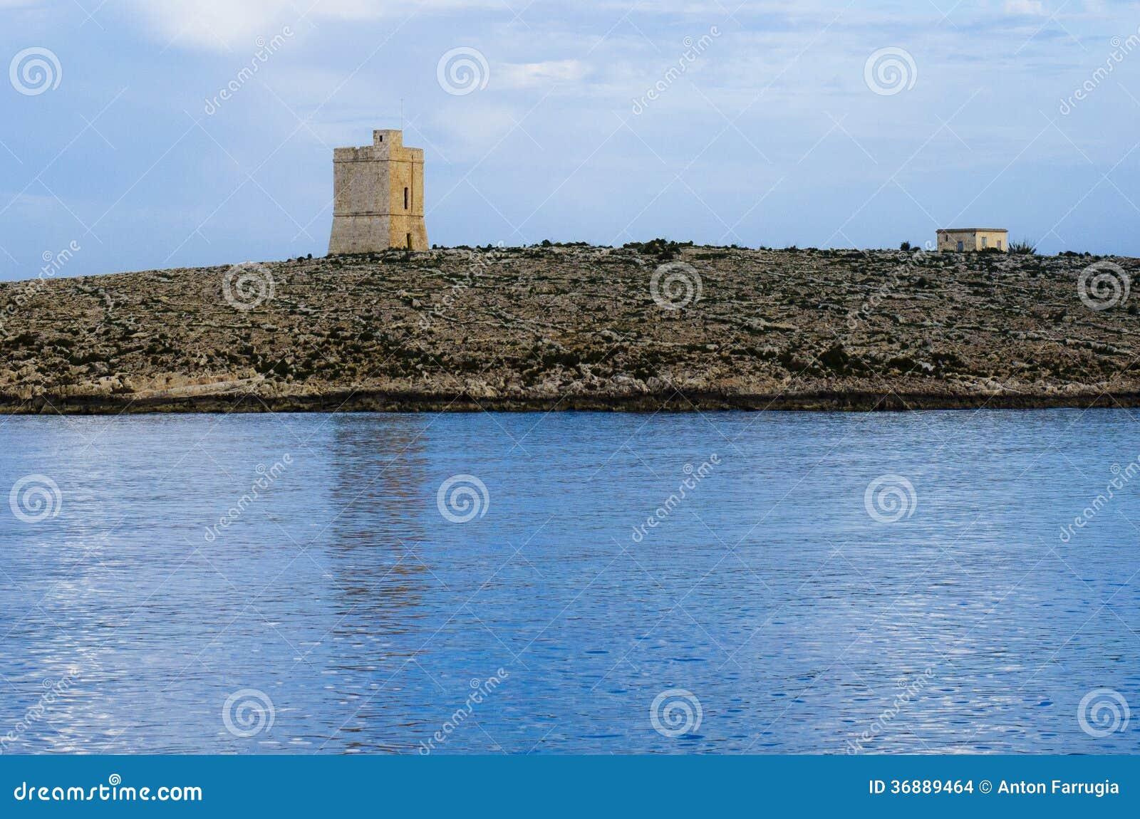 Download Torre Bianca Delle Rocce Al Crepuscolo Fotografia Stock - Immagine di riflessione, bianco: 36889464