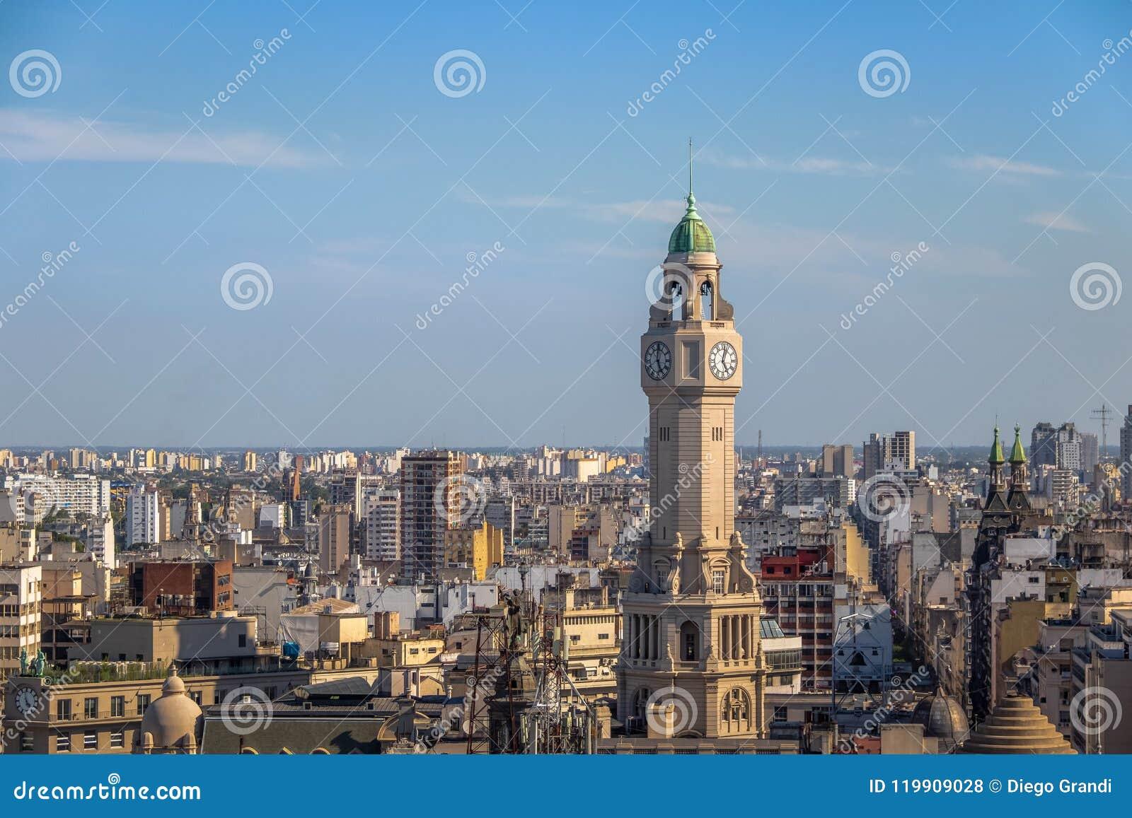 Torre da legislatura da cidade de Buenos Aires e vista aérea do centro - Buenos Aires, Argentina