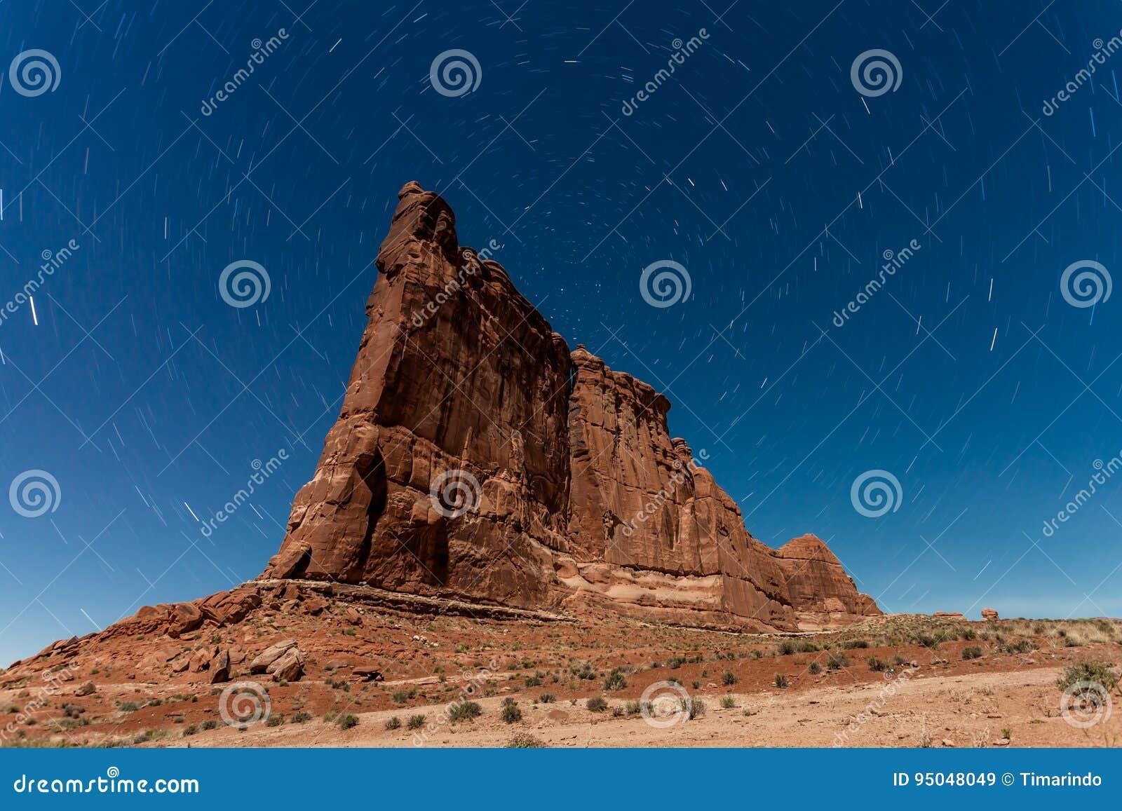 Torre De Babel Imagen De Archivo Imagen De Pacífico 95048049