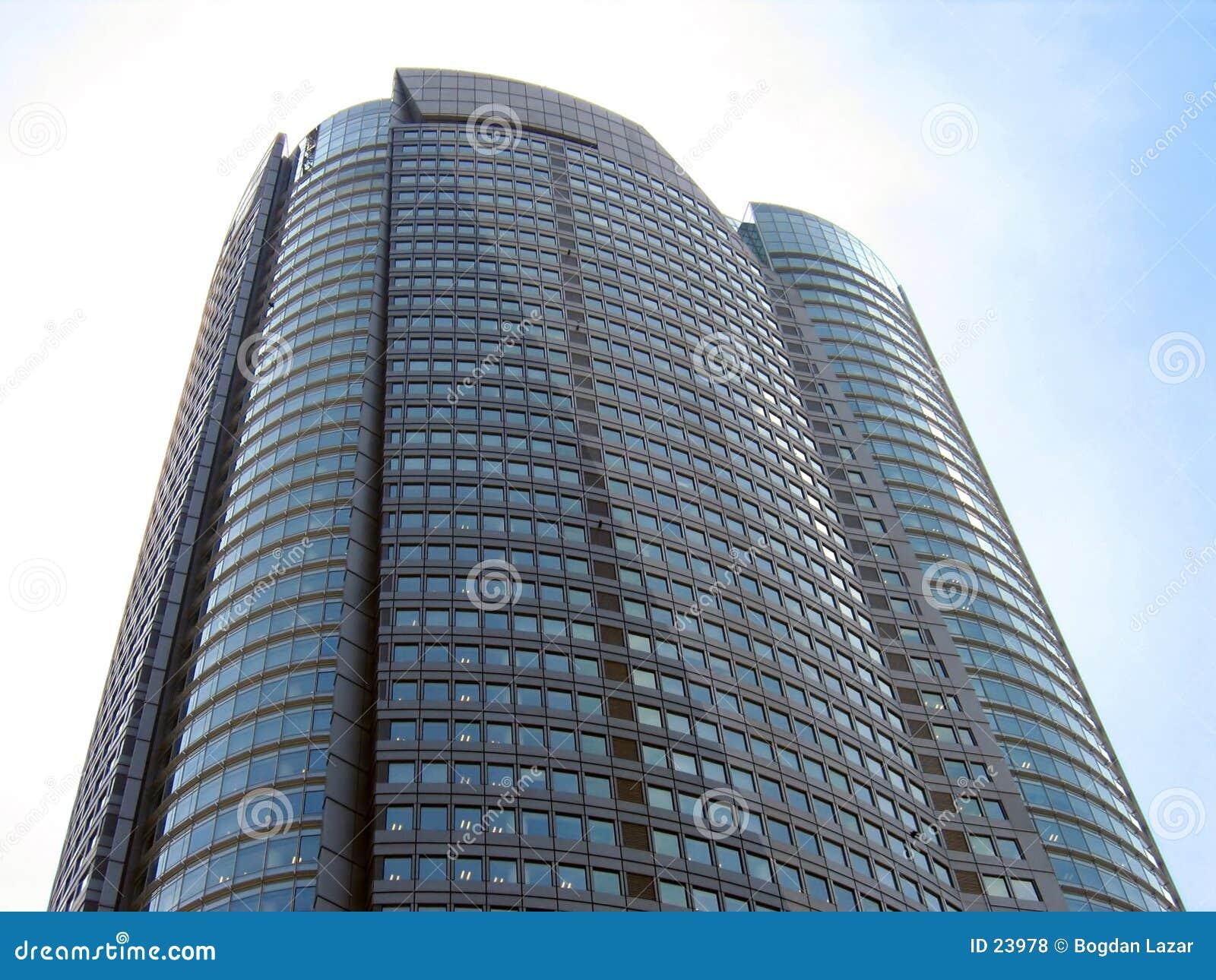 Torre de la cañería de las colinas de Skycraper - de Roppongi