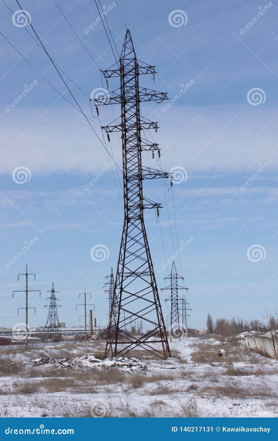 Torre de poder de alto voltaje