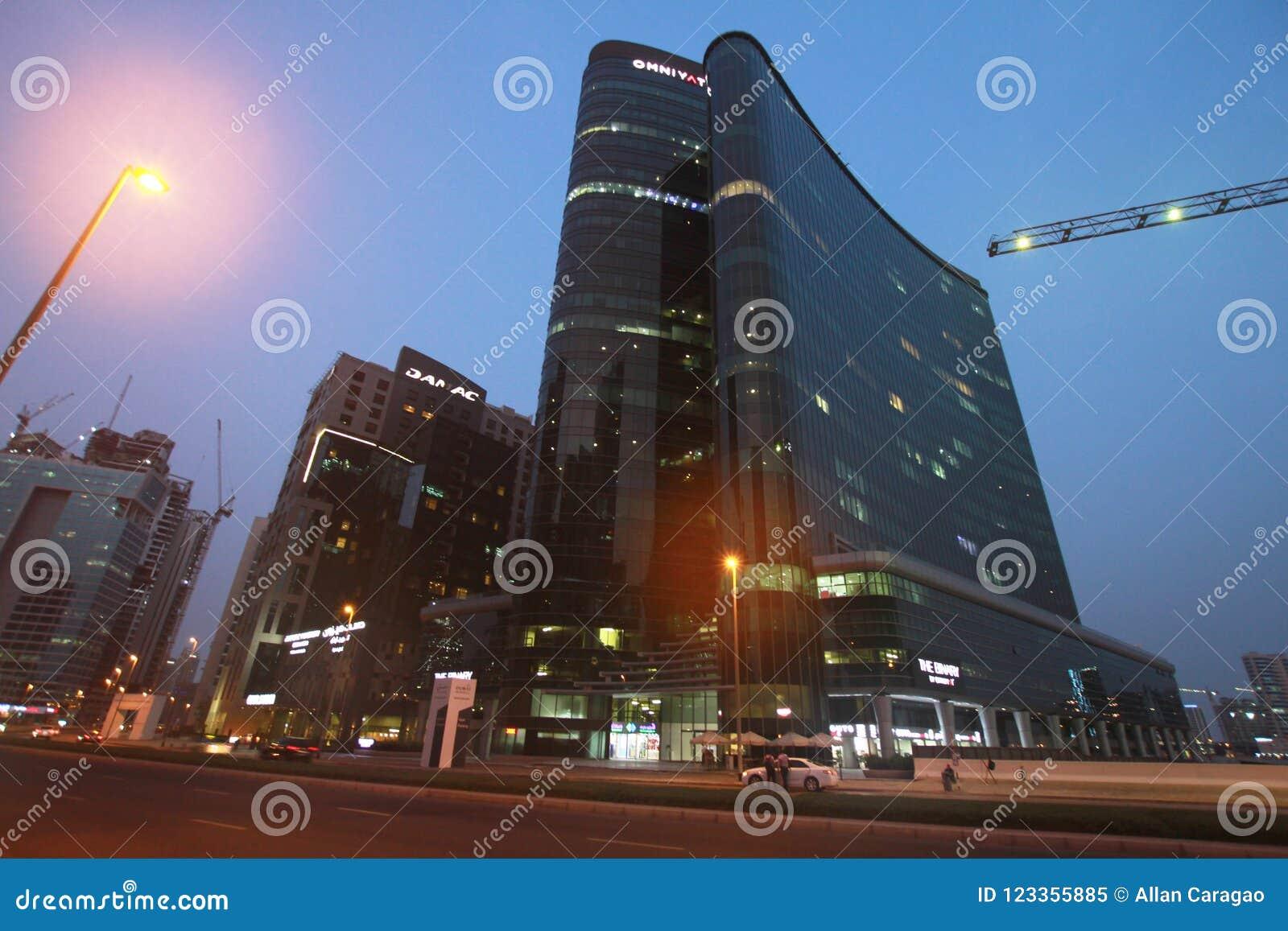 Torre del file binario della costruzione della baia di affari