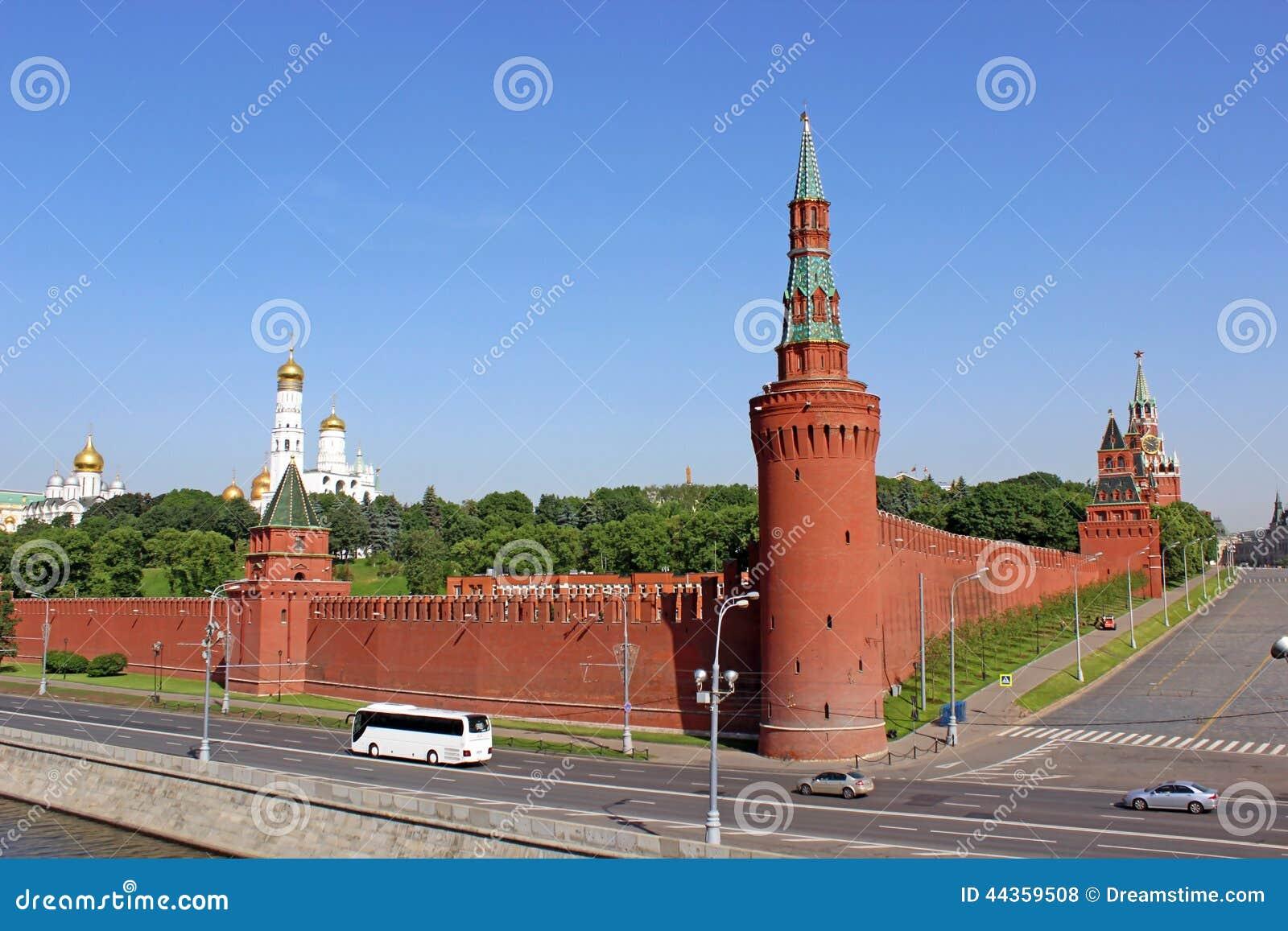 Torre di Beklemishevskaya nel Cremlino