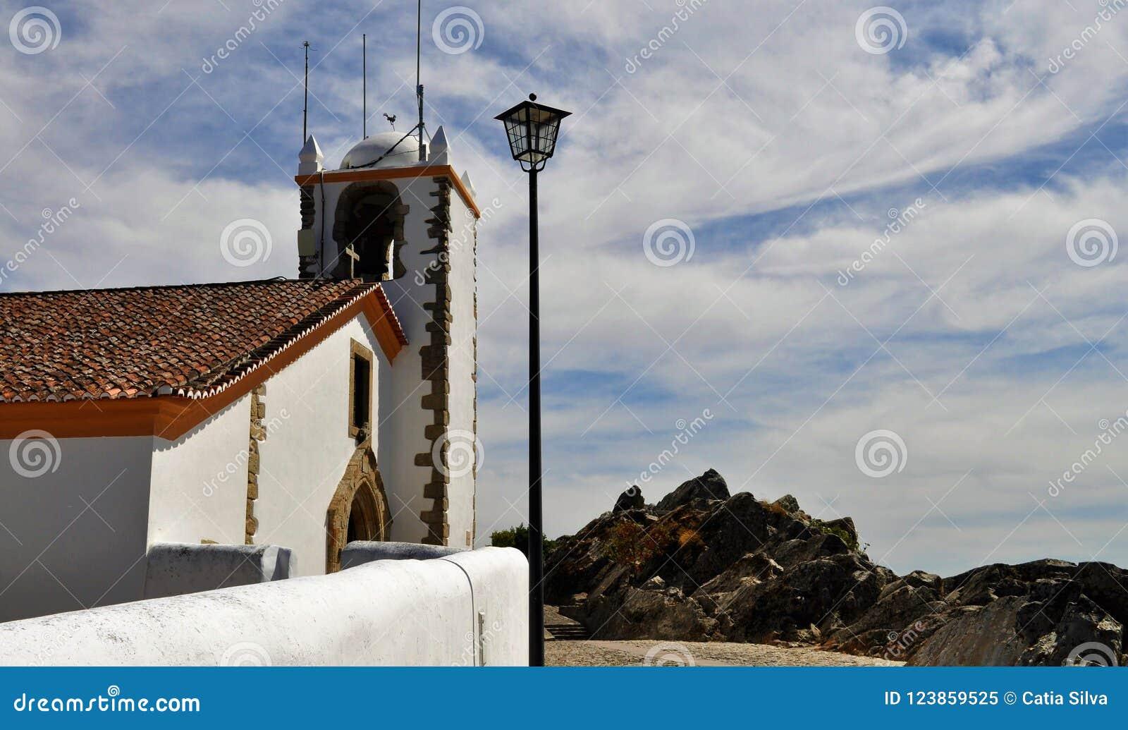 A torre e o céu - igreja do Espírito Santo
