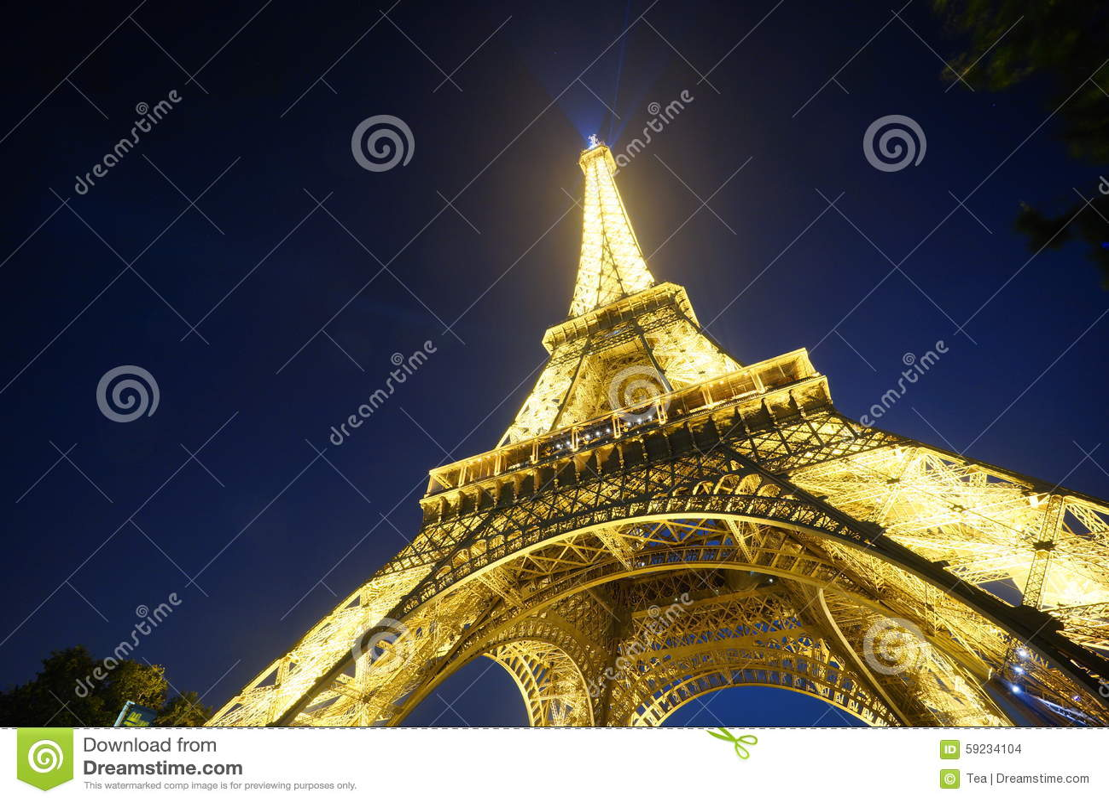 Download Torre Eiffel en la noche imagen de archivo editorial. Imagen de hermoso - 59234104