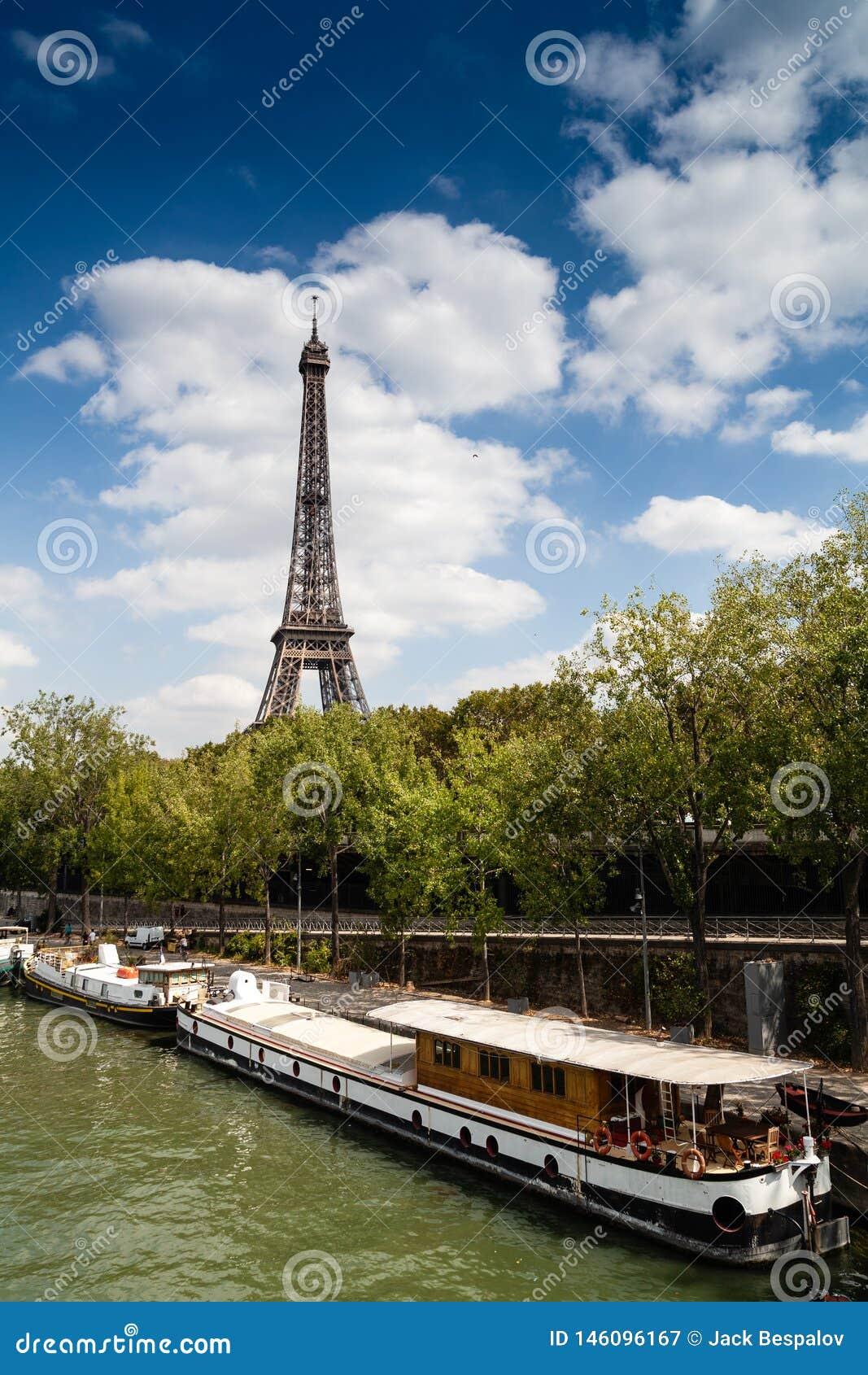 Torre Eiffel en Par?s