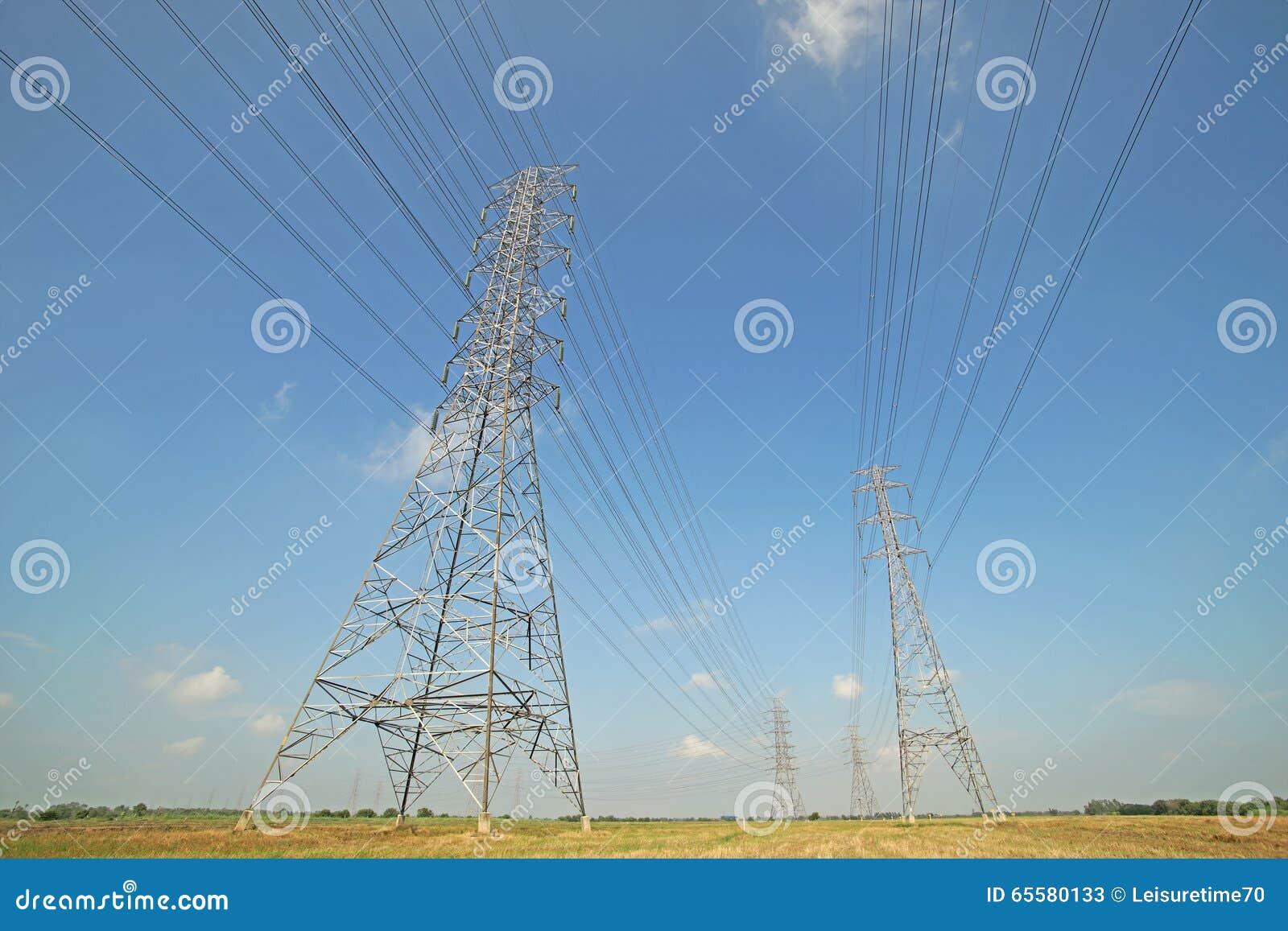 Torre elétrica de alta tensão