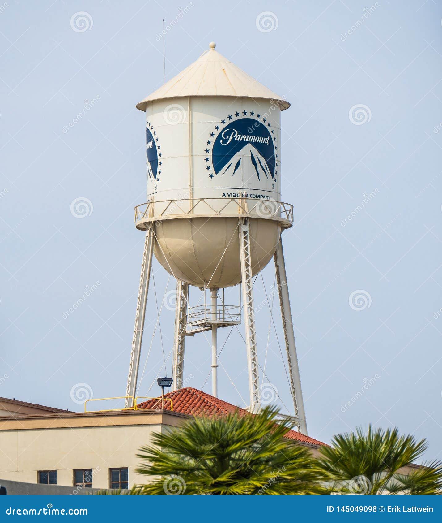 Torre em estúdios cinematográficos de Paramount Pictures em Los Angeles - CALIFÓRNIA, EUA - 18 DE MARÇO DE 2019