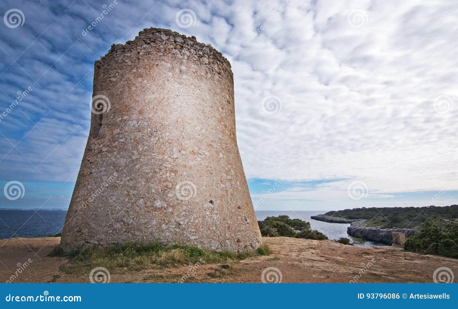Torre Mallorca do pi de Cala