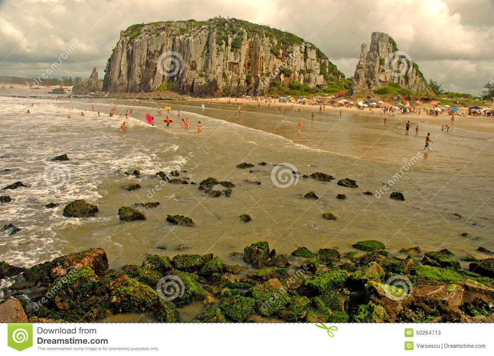 Torres Rio Grande do Sul fonte: thumbs.dreamstime.com