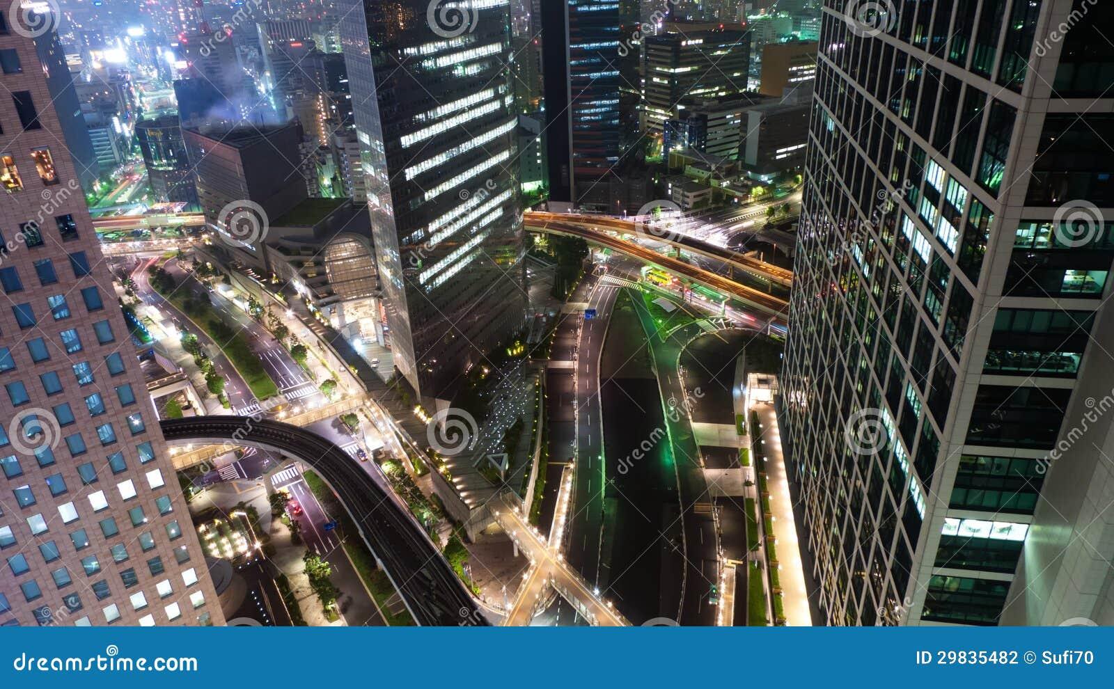 Uma opinião da noite de Tokyo central