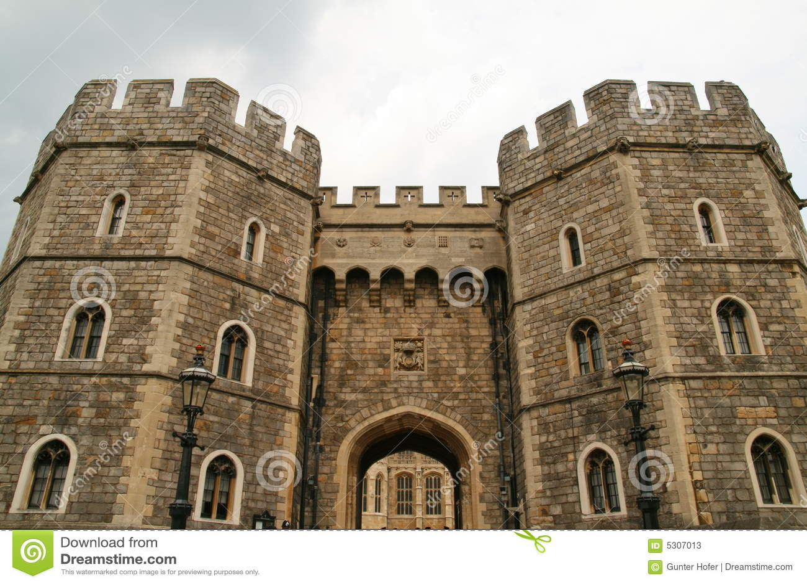 Download Torrette Del Castello Di Windsor Immagine Stock - Immagine di verde, storico: 5307013