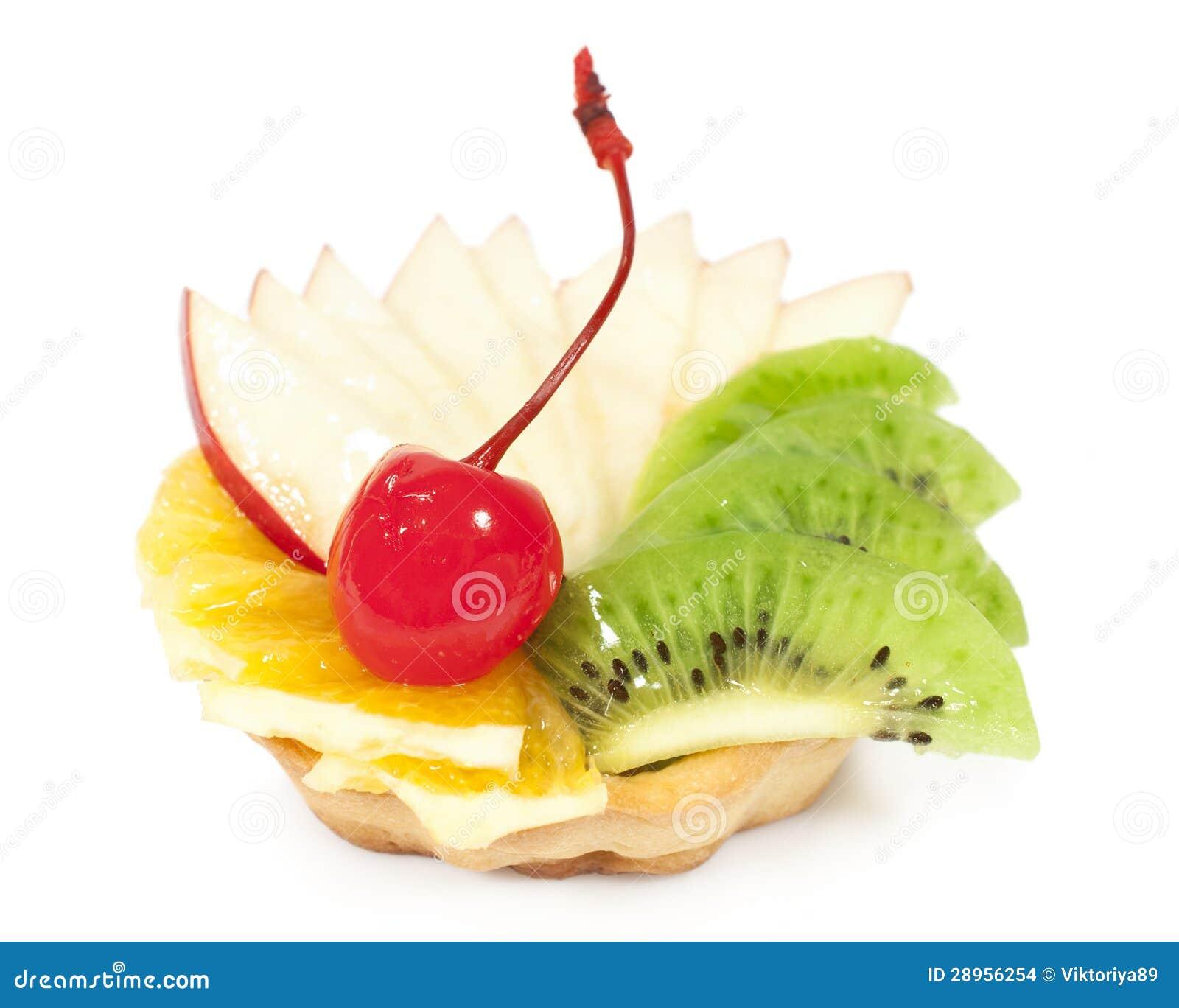Tort z owoc i jagody zakończeniem