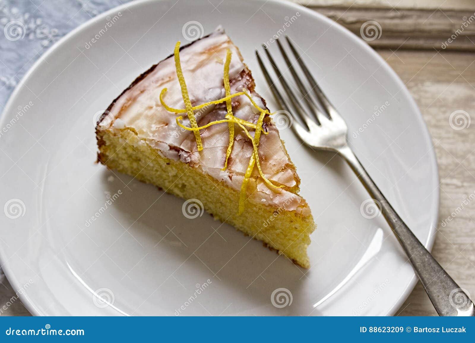 Torta de la llovizna del limón