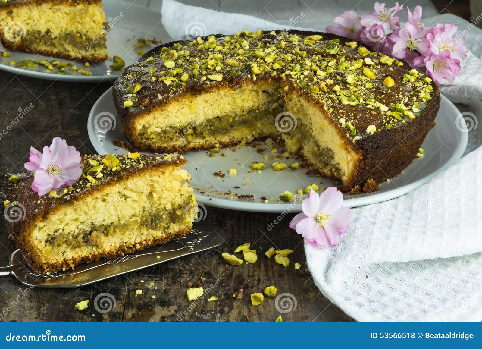Torta de la llovizna del pistacho y del limón