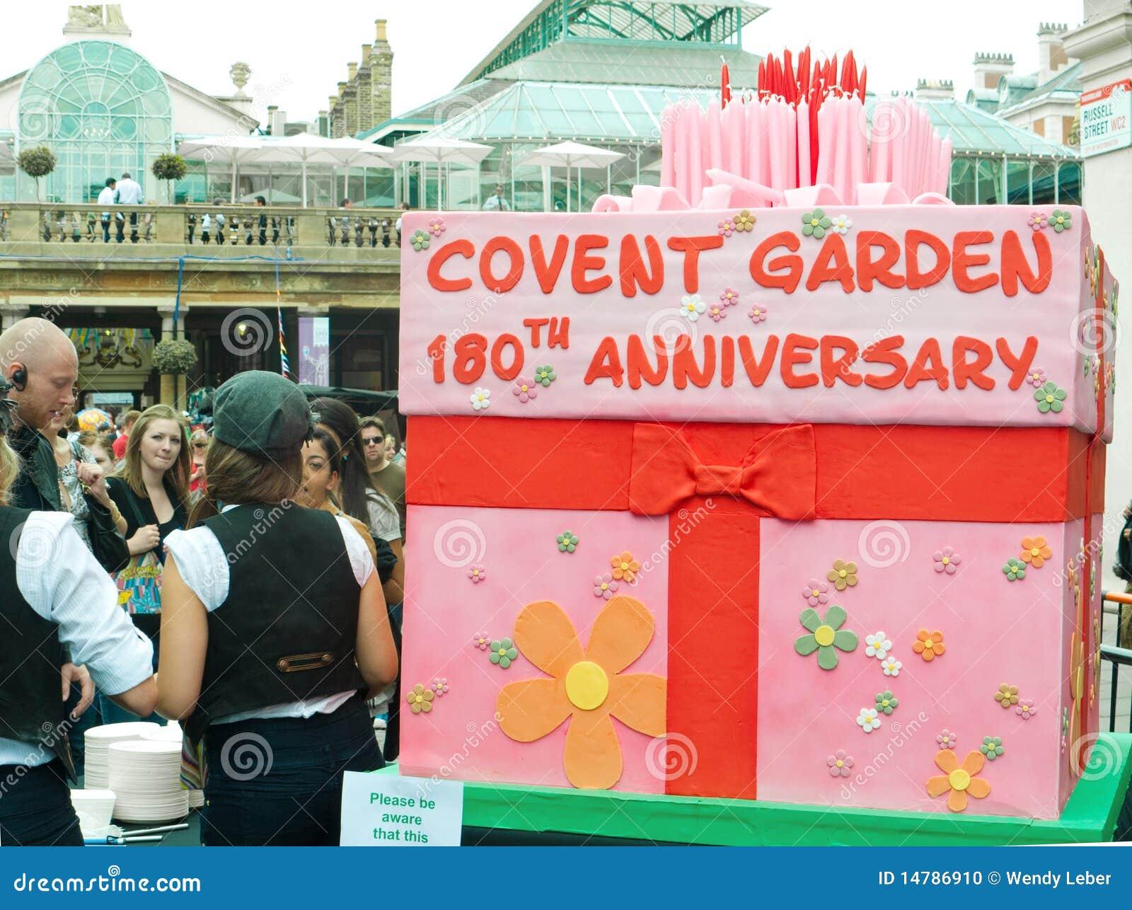 Torta di compleanno compleanno del giardino di Covent al 180th