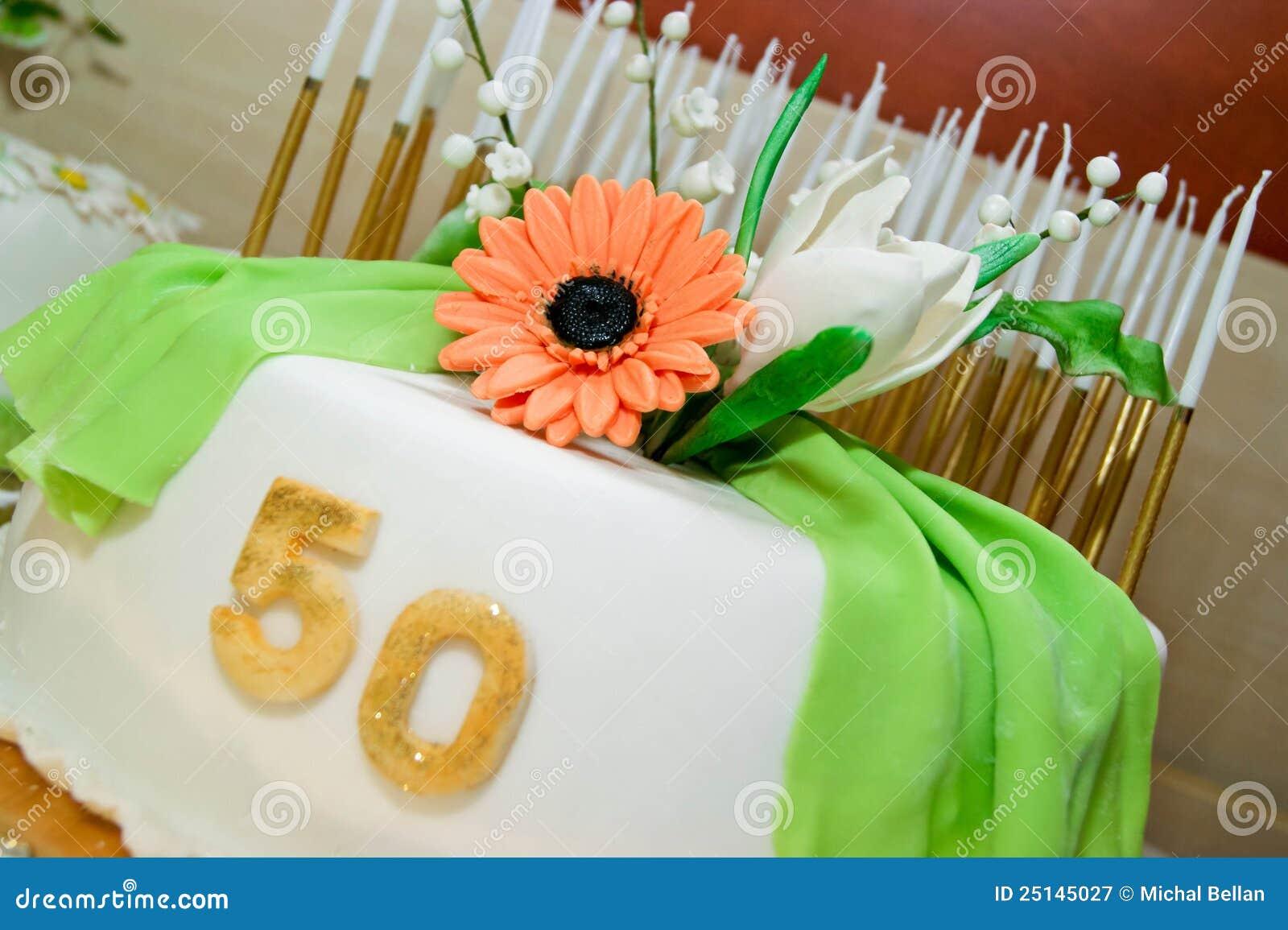 Super Torta Di Compleanno Per 50 Anni Di Giubileo Immagine Stock  NS97