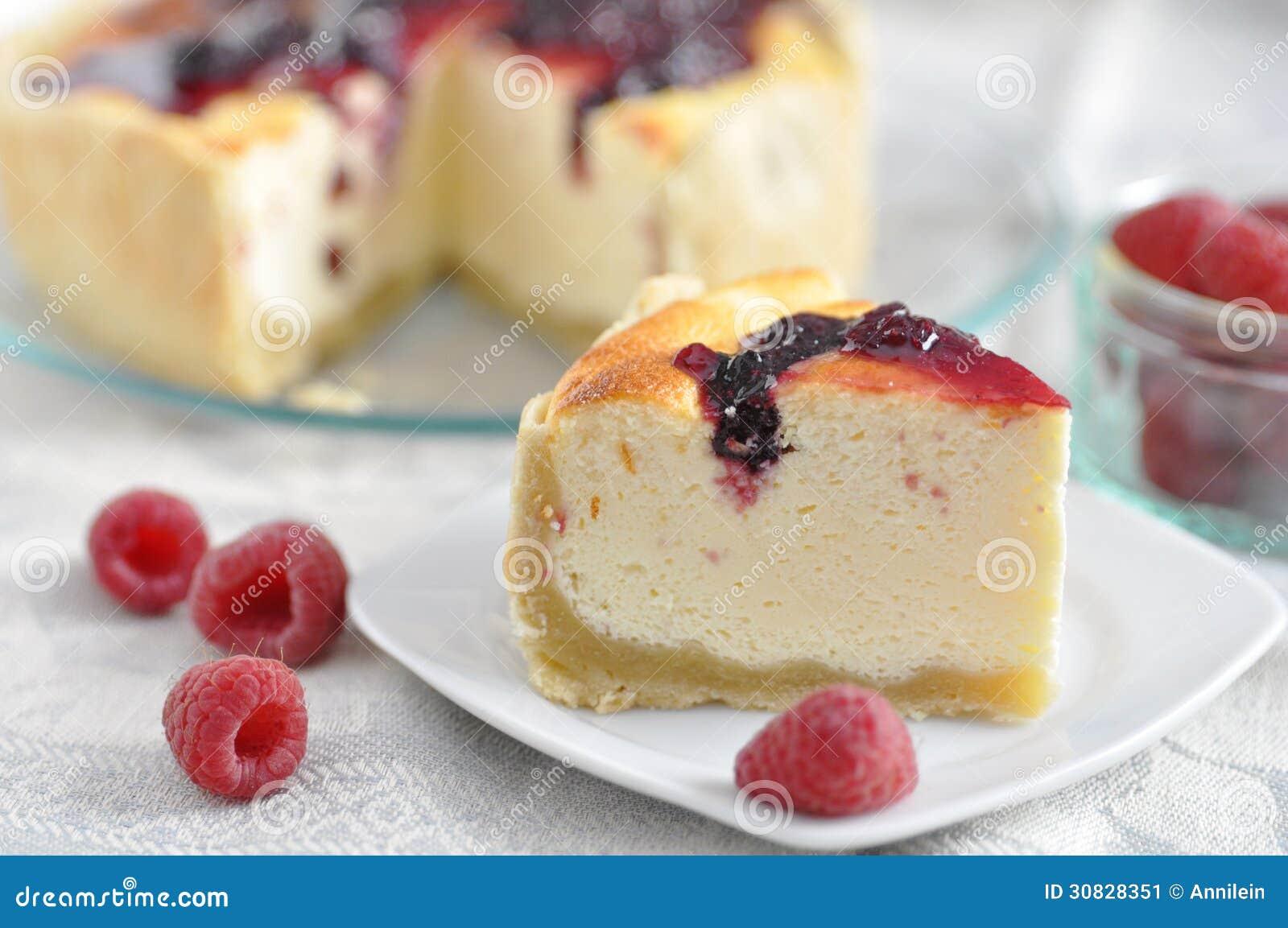 Torta di formaggio con le bacche fresche
