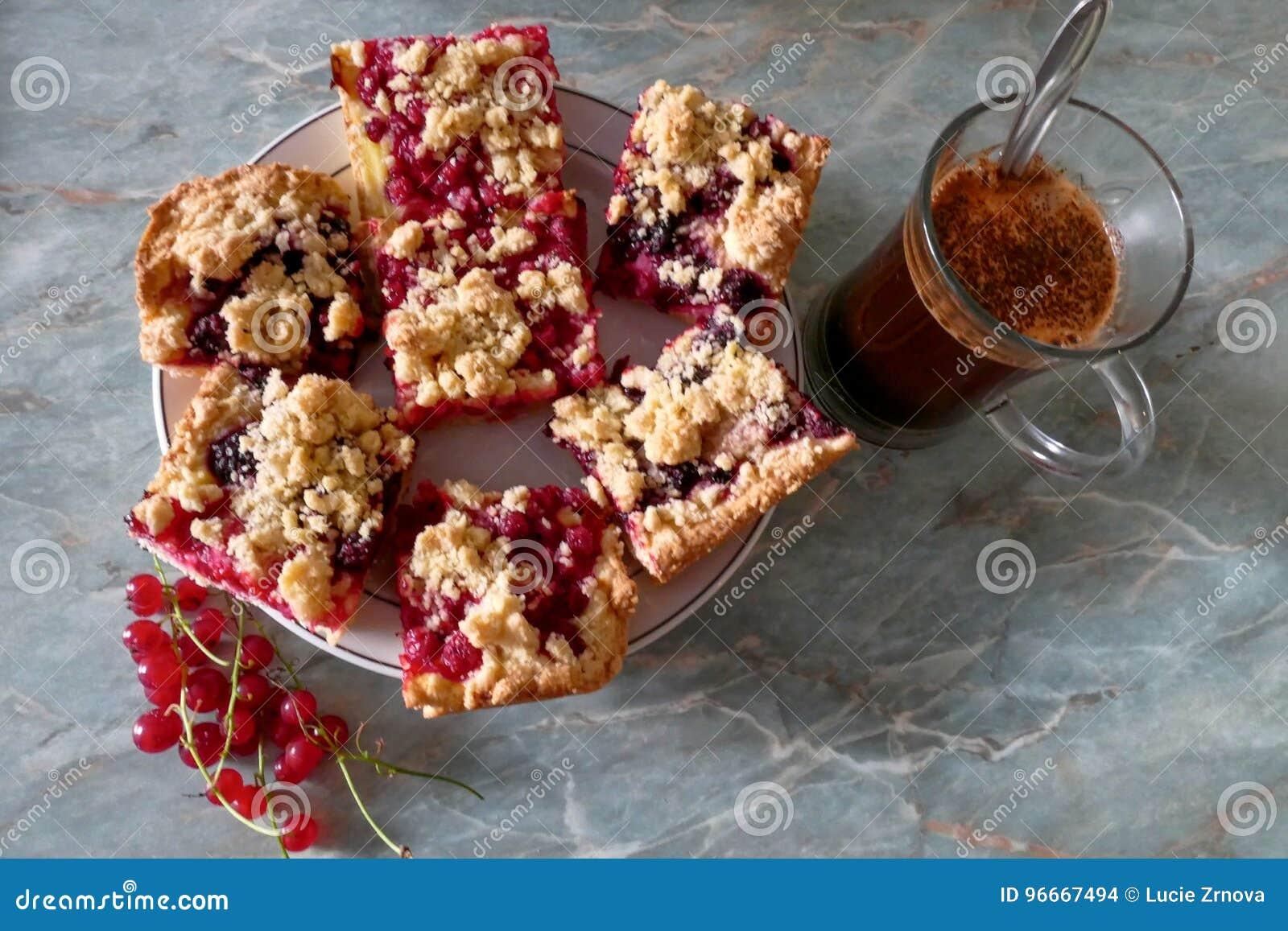 Torta dulce sabrosa de la migaja de la fruta