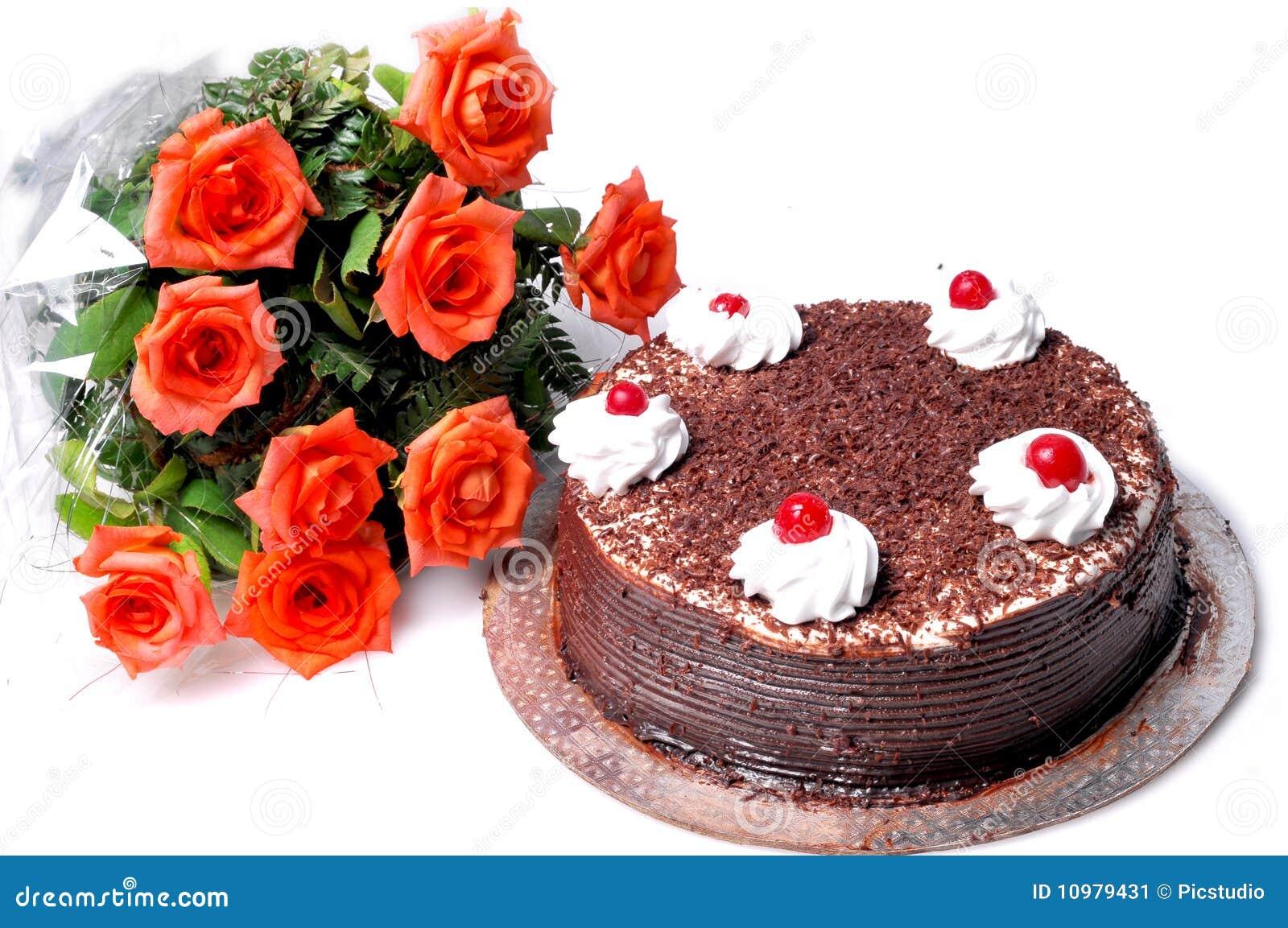 Torta y flores de cumpleaños