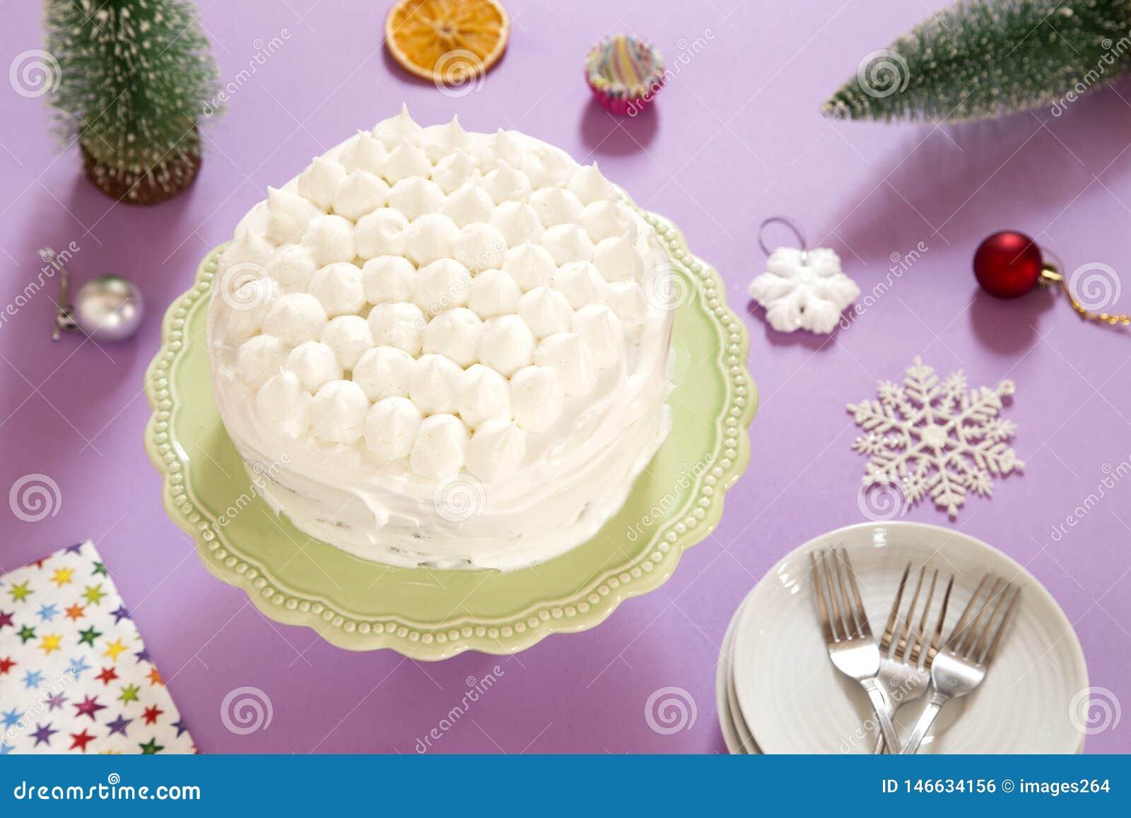 Torte mit Sahne