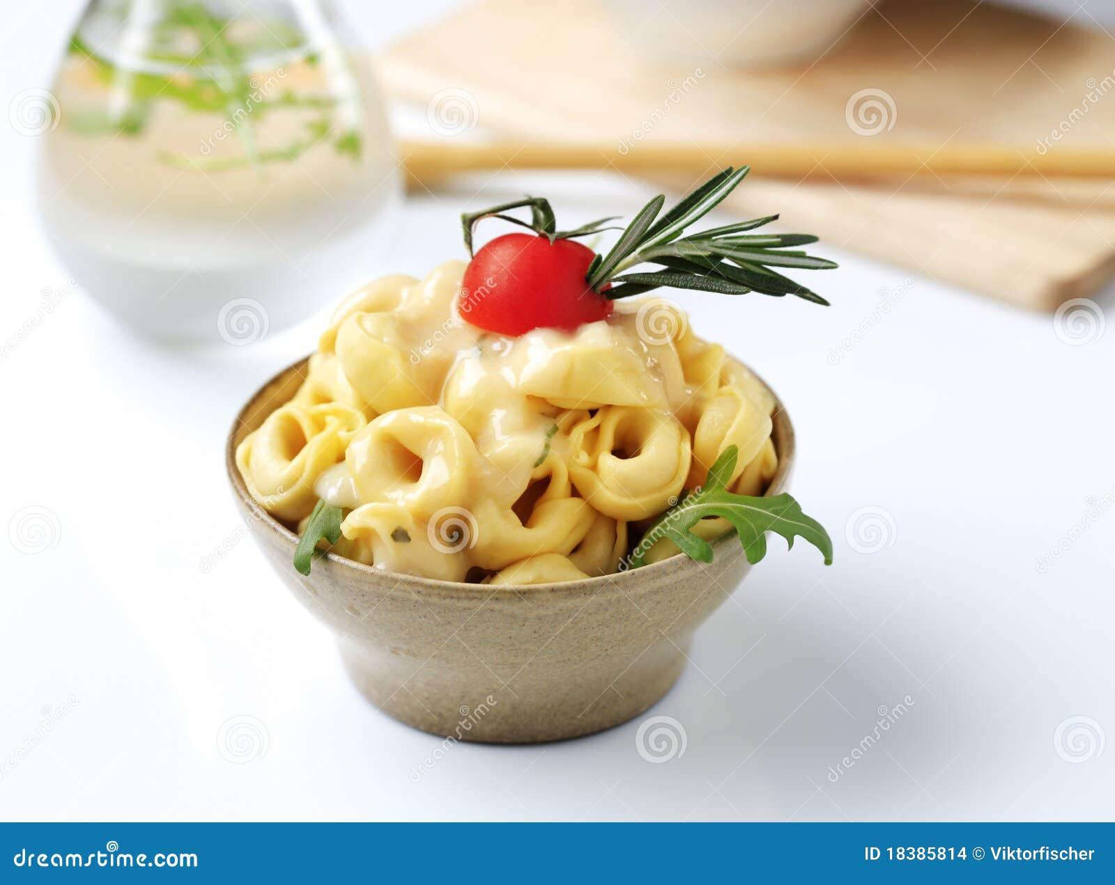 Tortellini и соус