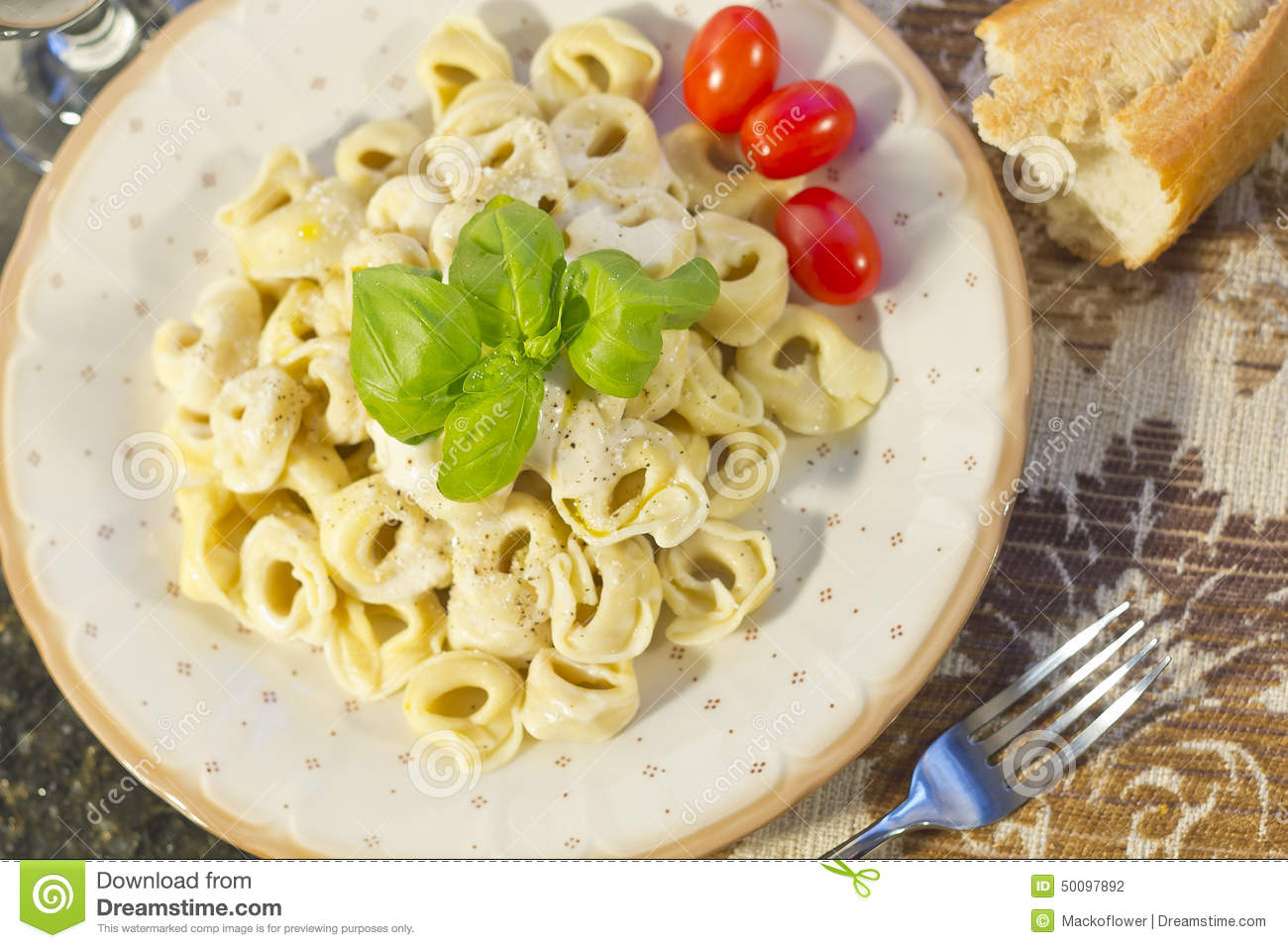 how to make chicken tortellini with alfredo sauce