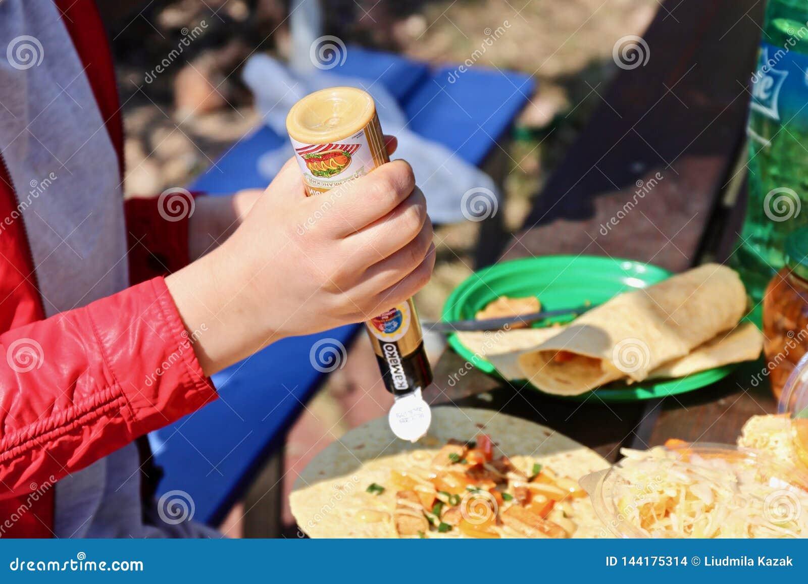 Tortilha apetitosa com vegetais