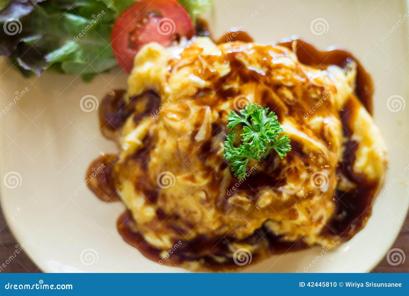 Tortilla de huevos con arroz