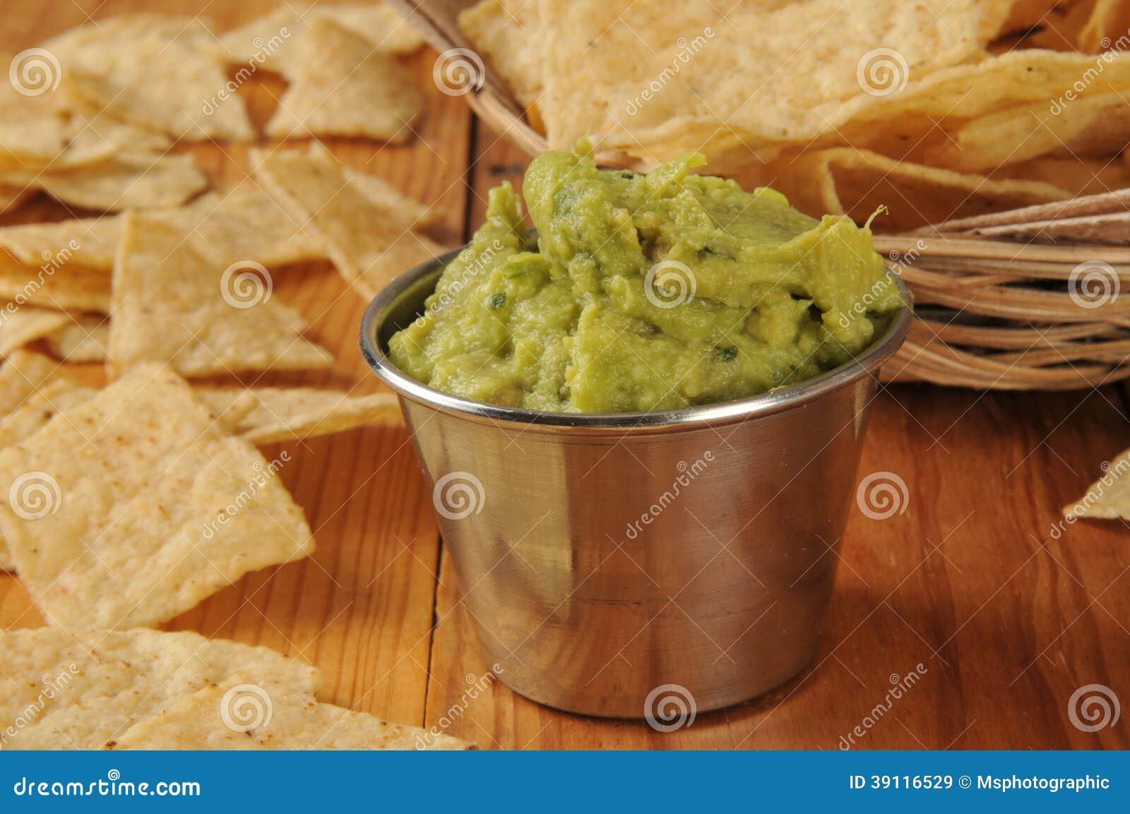 Tortillaspaanders en guacamole