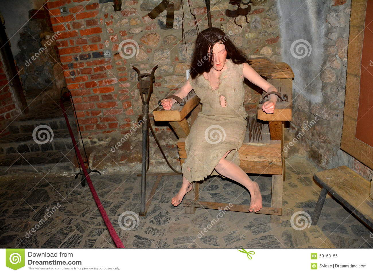 Girl in medieval torture nude pictures