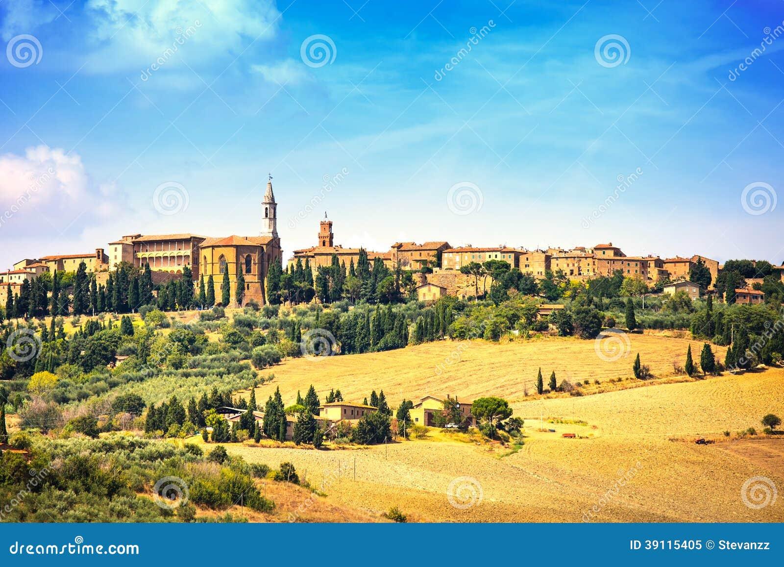 Toscanië, het middeleeuwse dorp van Pienza. Siena, Italië