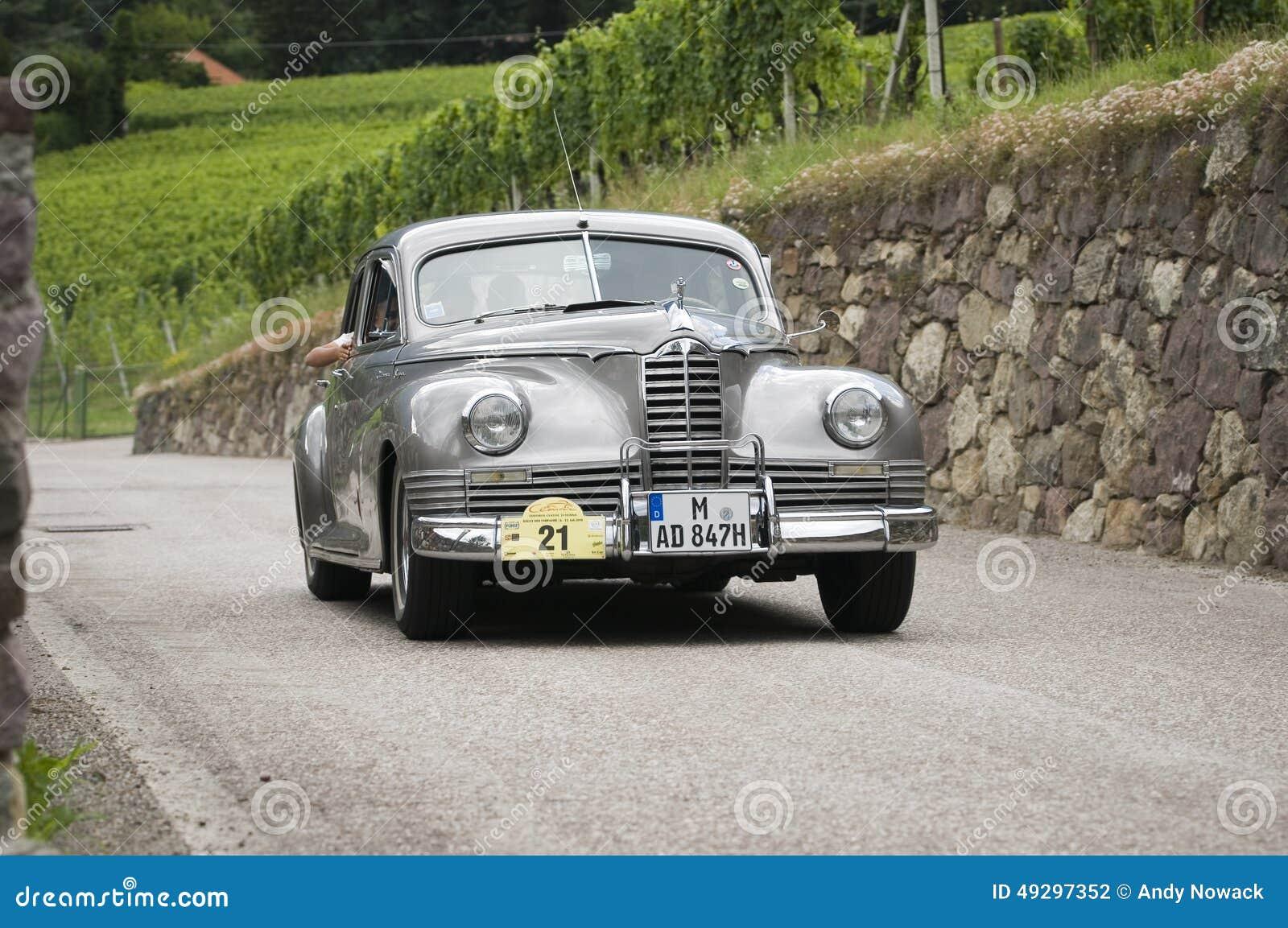 Tosquiadeira super do cars_Packard clássico sul de Tirol