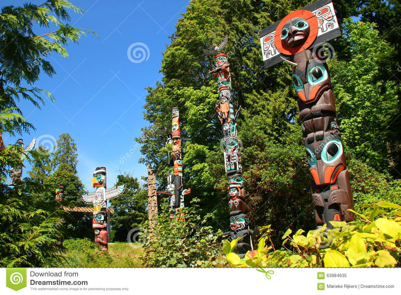 a reading report on wakiash and the first totem pole Here are my favorite stories from judson's pacific northwest book the first totem pole wakiash thinks he is gone only four days.