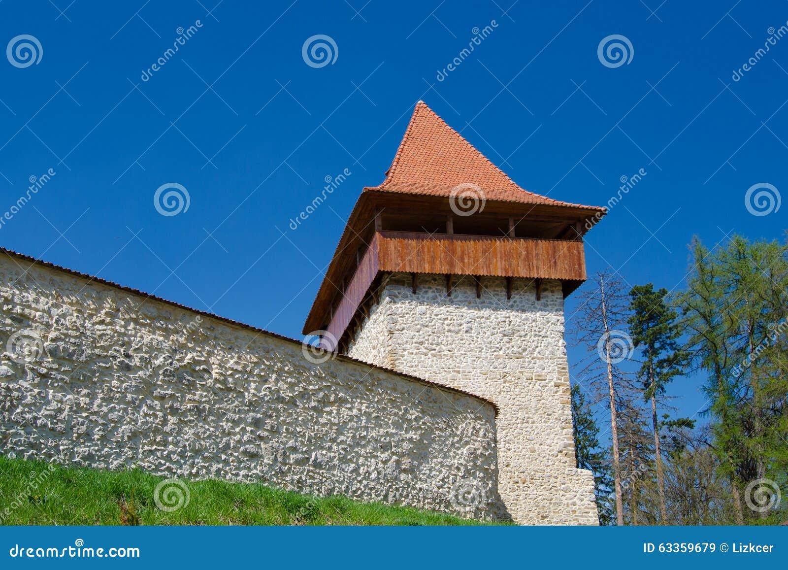 Tour antique de forteresse de Rasnov