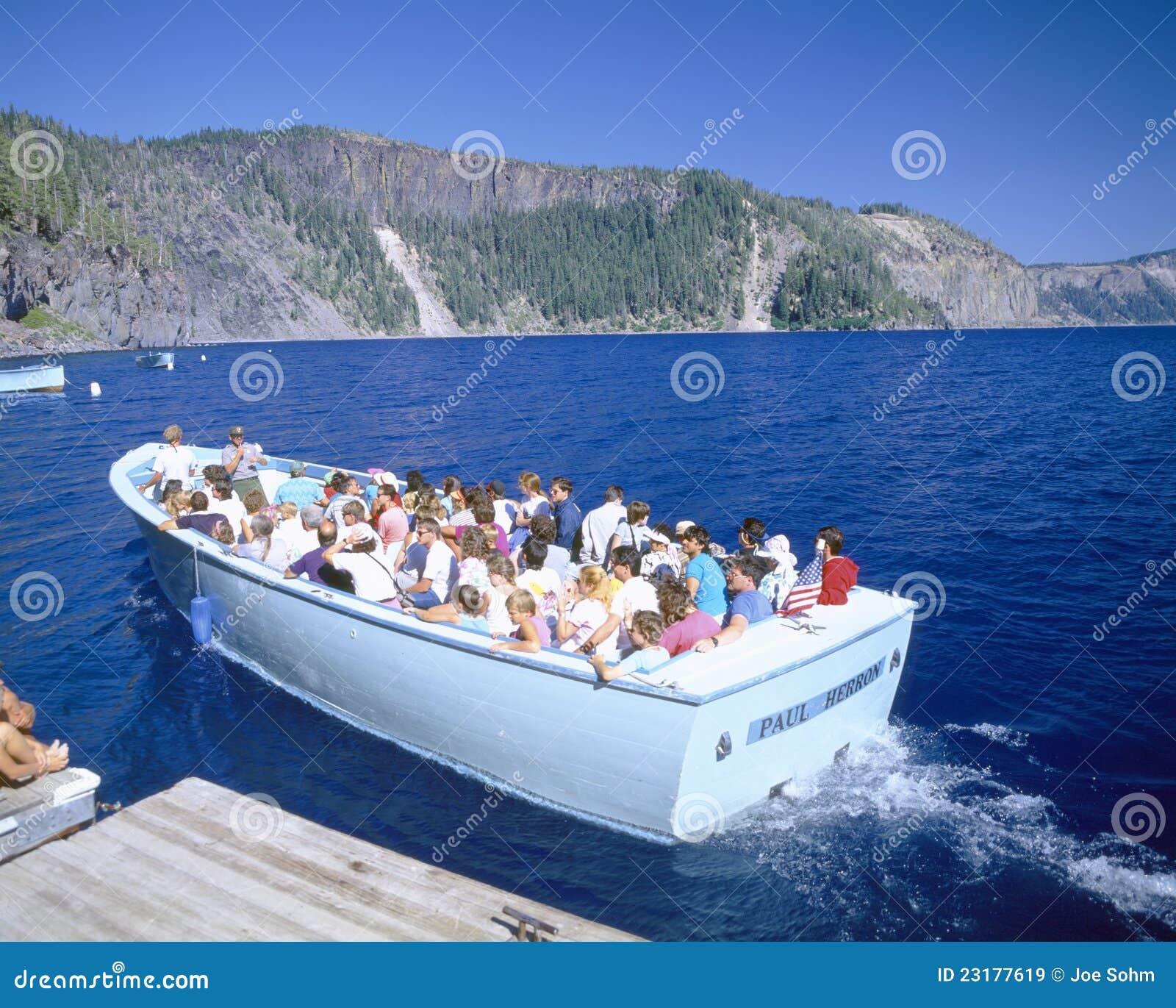 Crater Lake Boat Tour