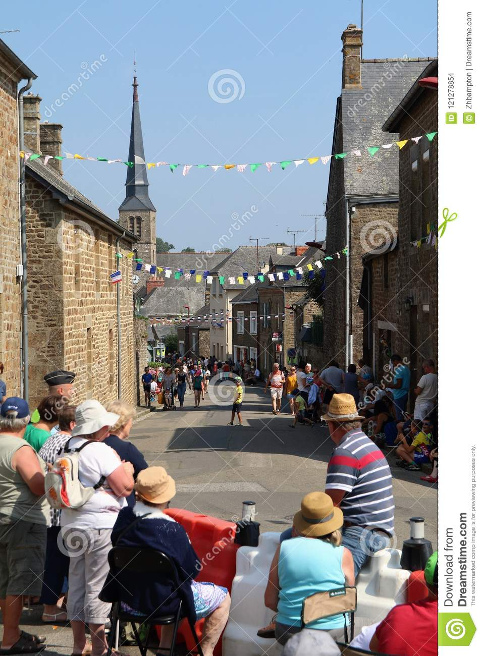 Tour de France fever in Larchamp as everyone awaits the cyclists
