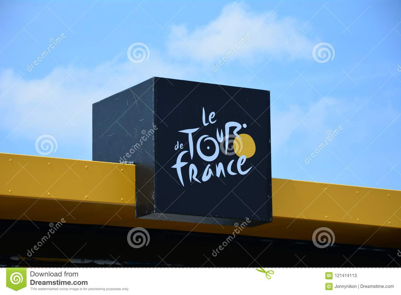 Mur De Logo tour de france 2018 editorial stock photo. image of logo - 121414113