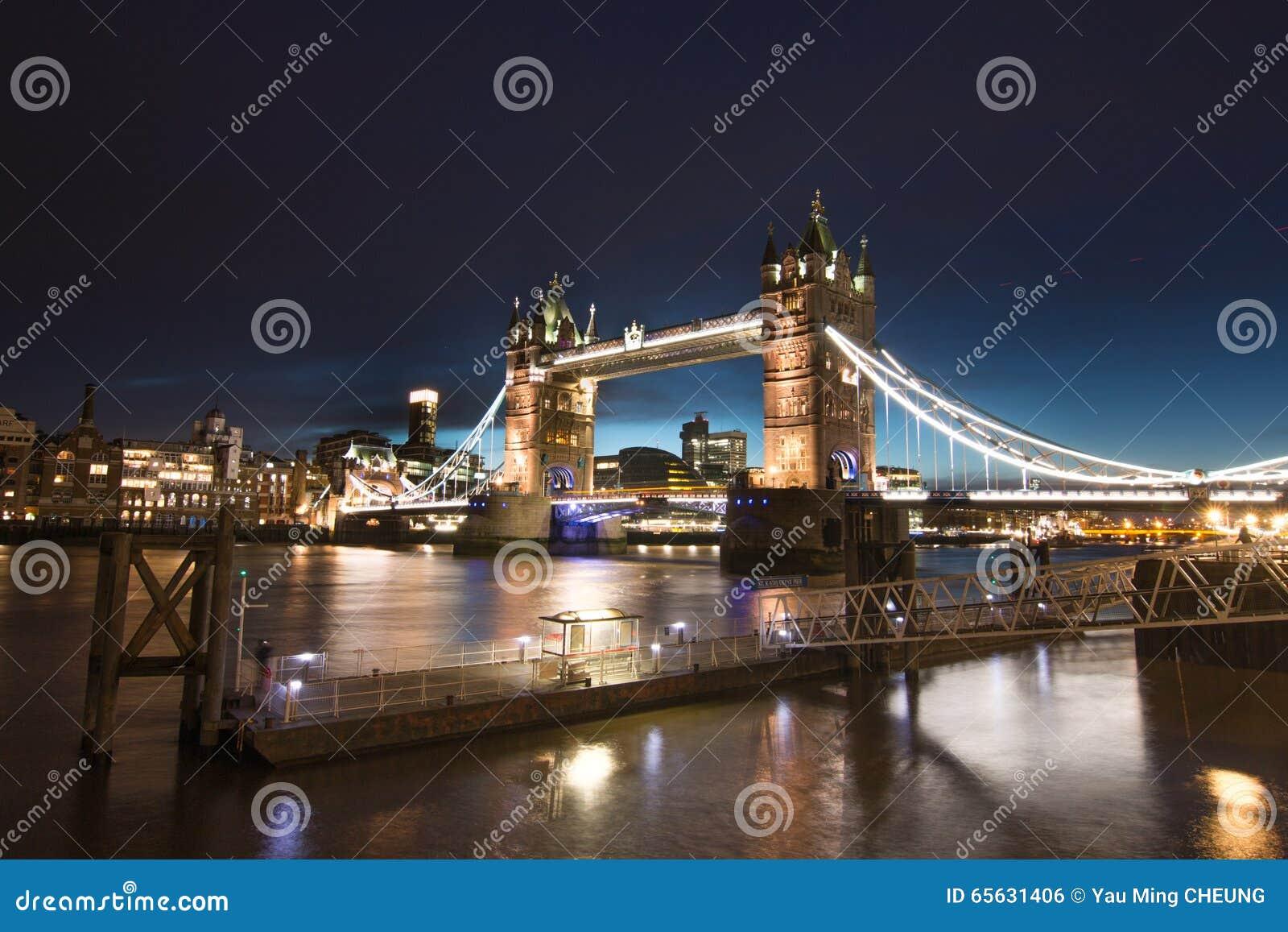 Tour de Londres de passerelle