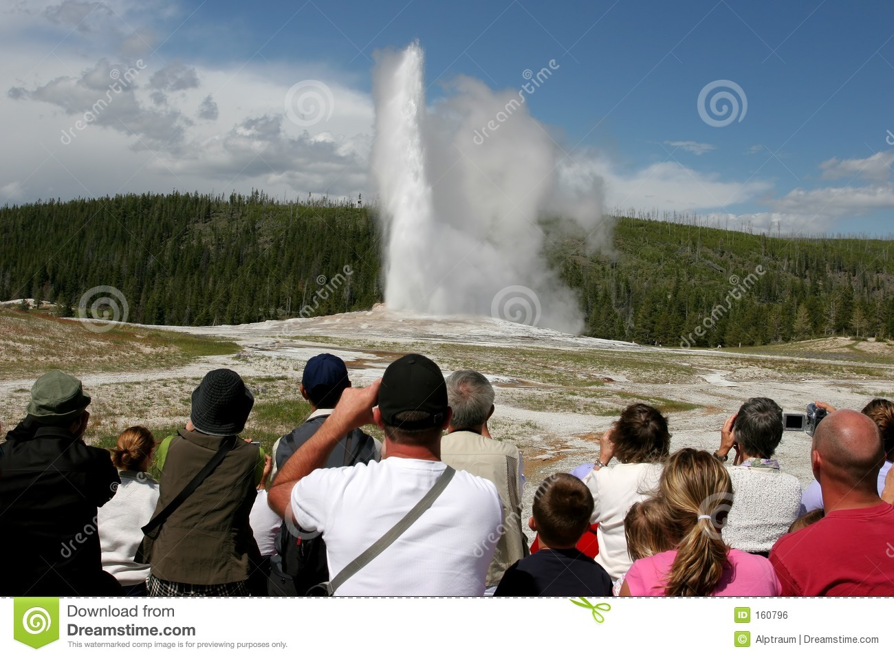 Tourism in yellowstone
