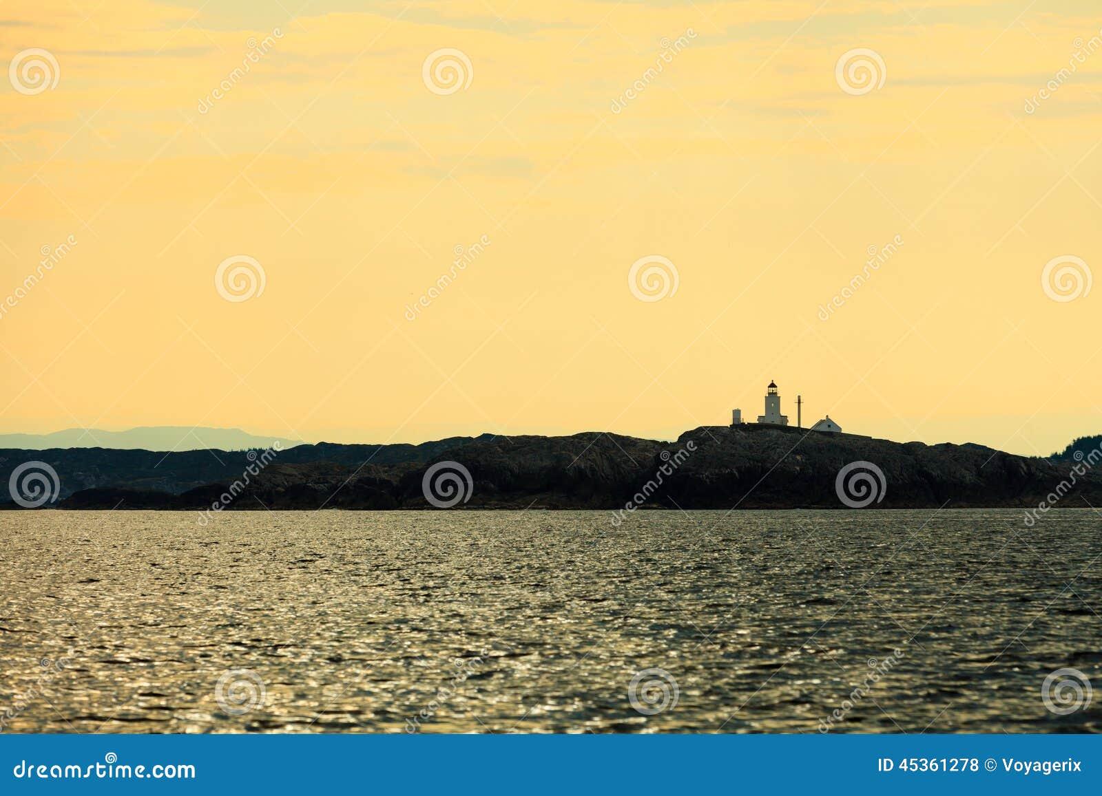 Tourisme et voyage L eau et îles autour de Bergen