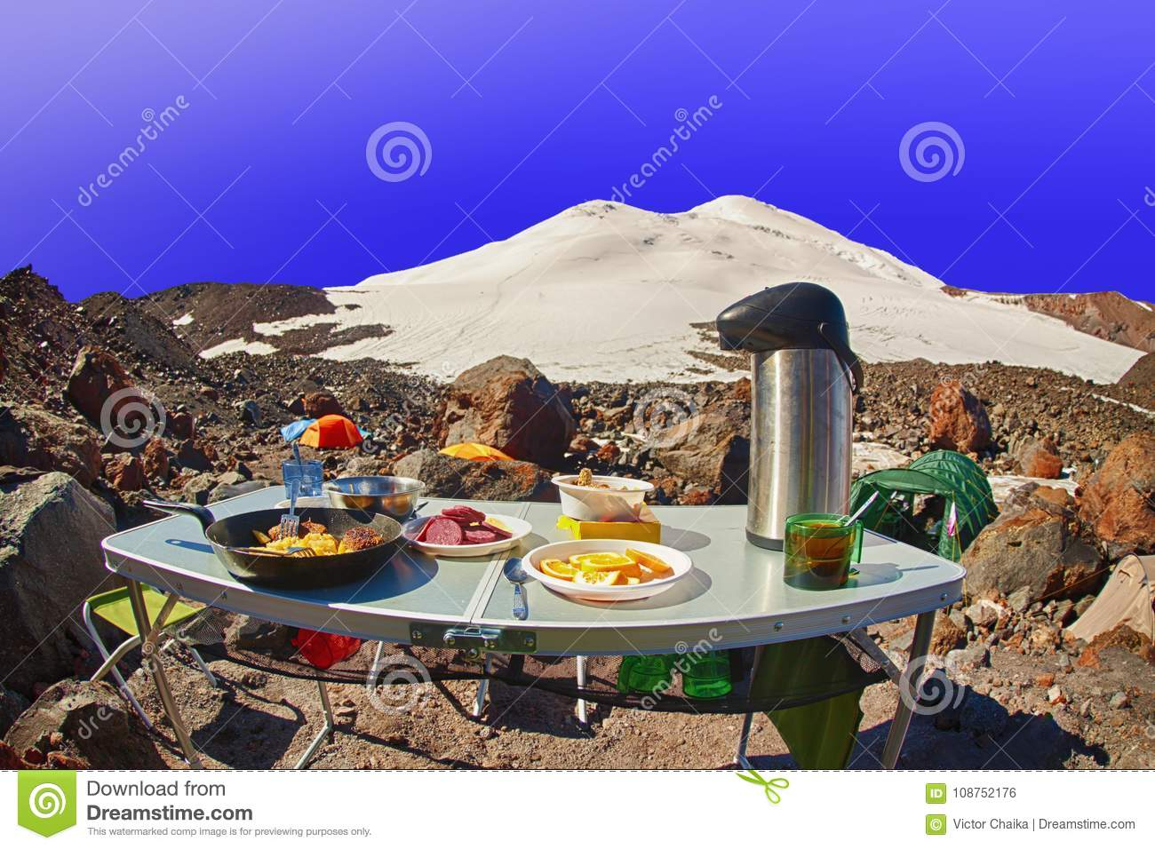 Amazing Tourist Breakfast High Mountain Summit Camp Stock Photo Beutiful Home Inspiration Aditmahrainfo