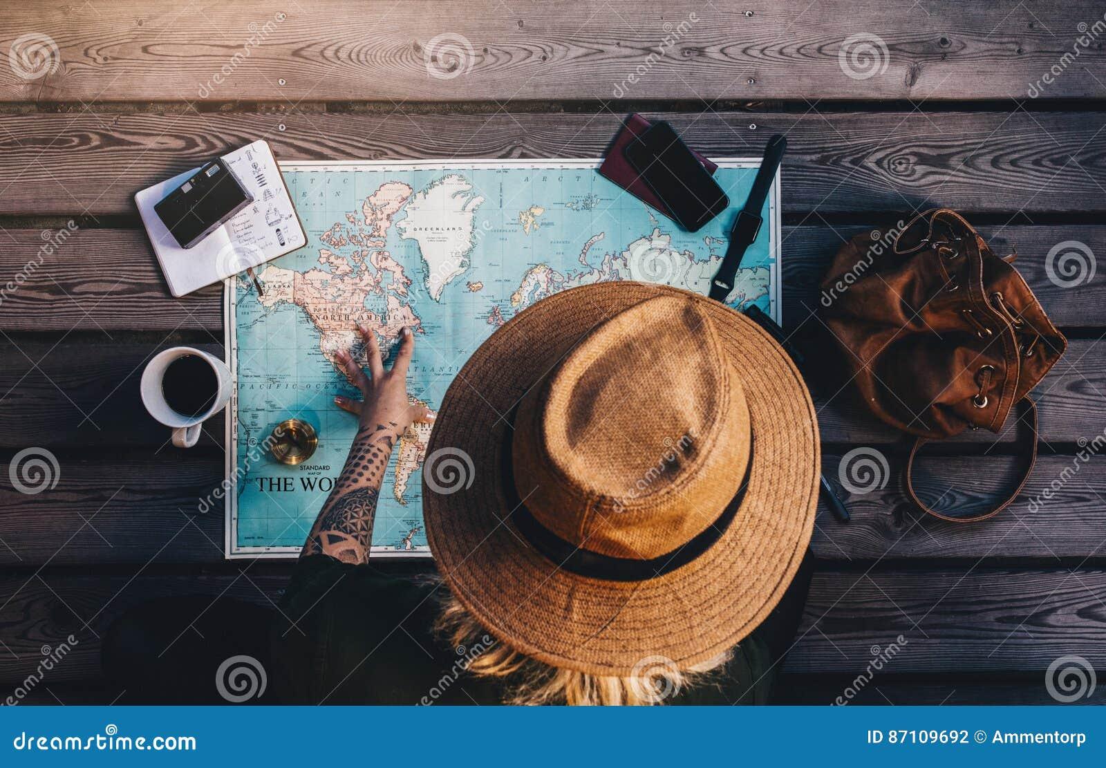 Tourist Planning vacation using world map.